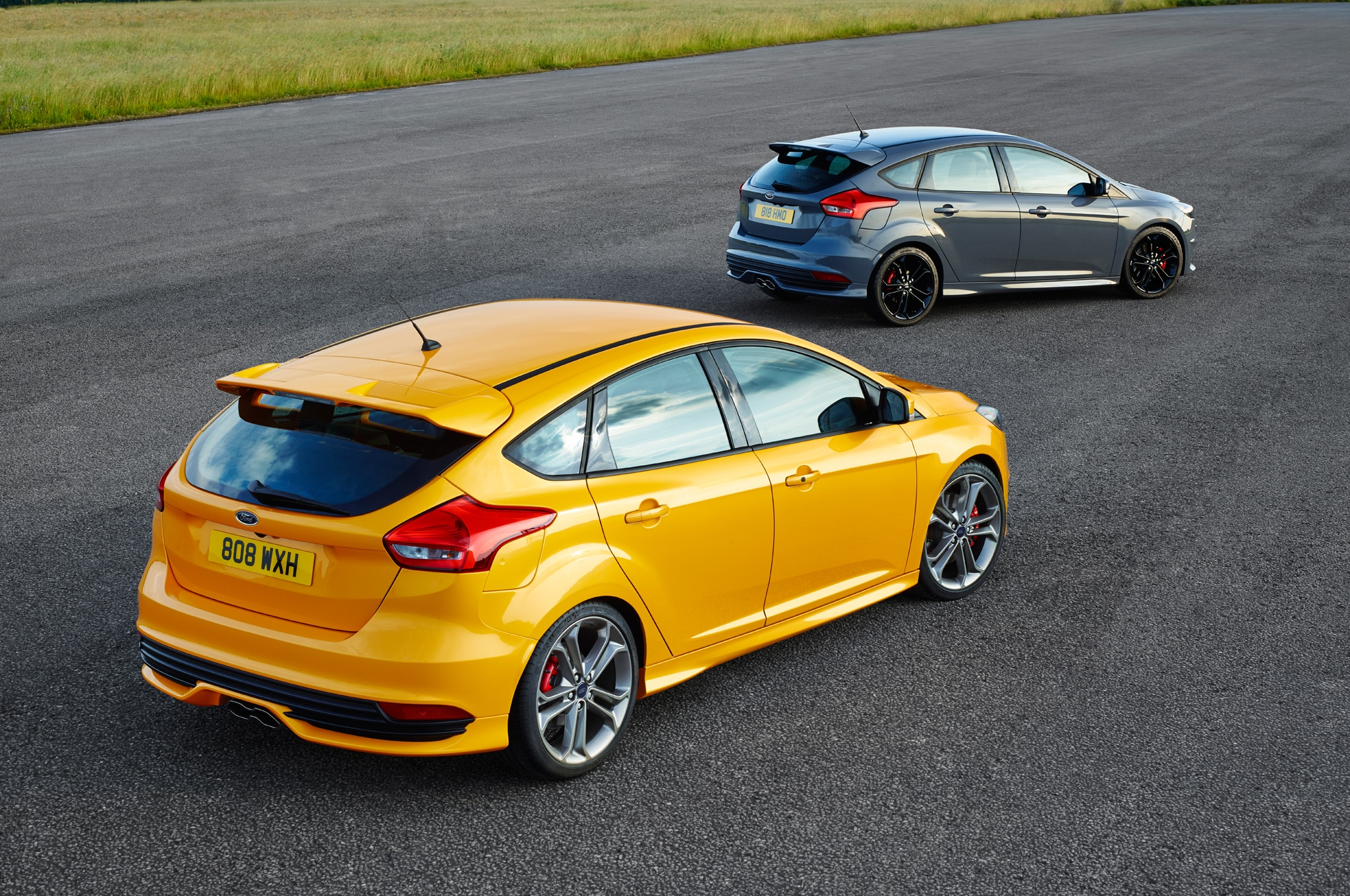 ford focus st  ford performance parts review