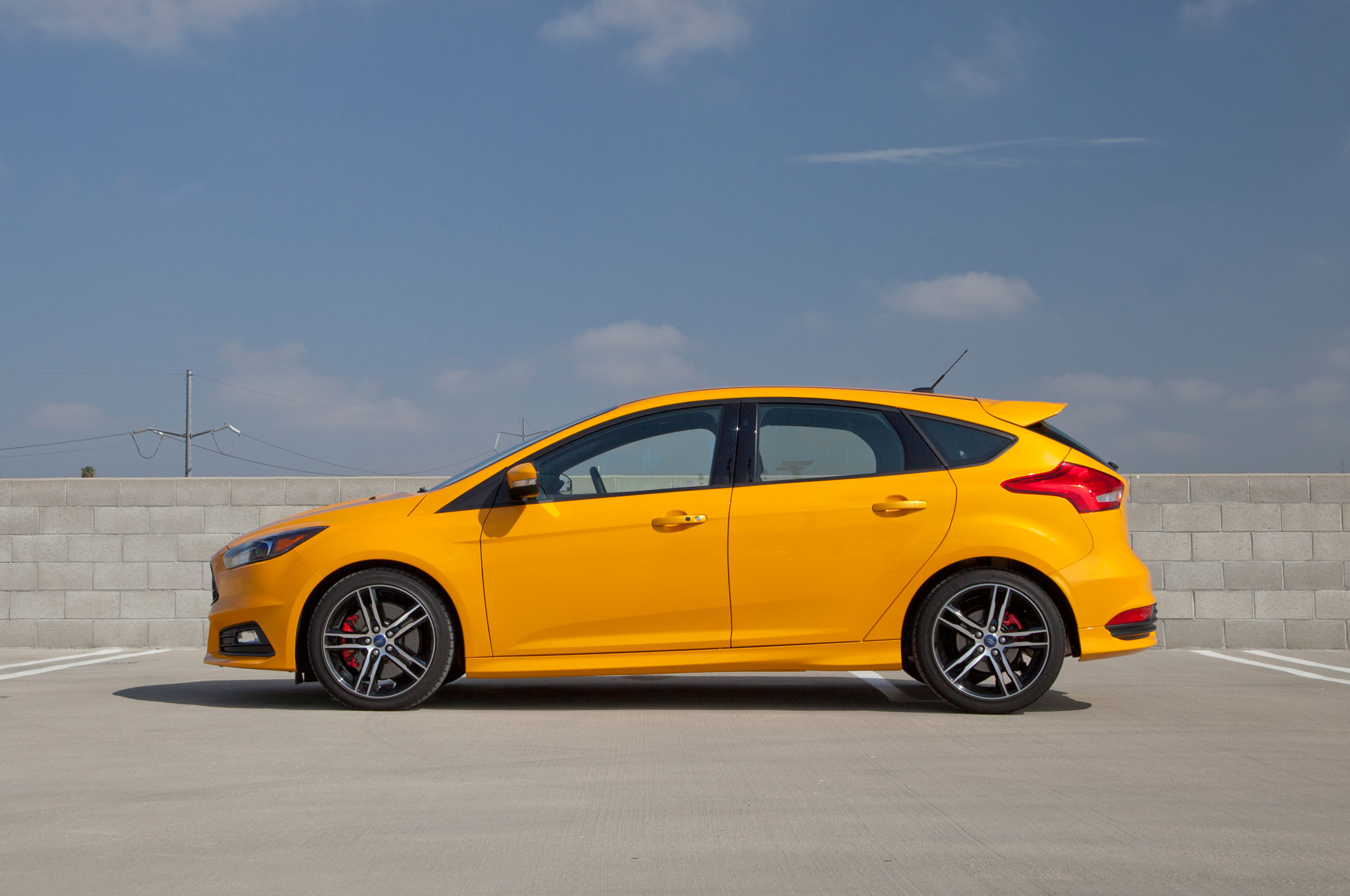 Ford Focus St 0 60 >> 2015 Ford Focus Facelift, 1.0-liter Version Premier at New ...