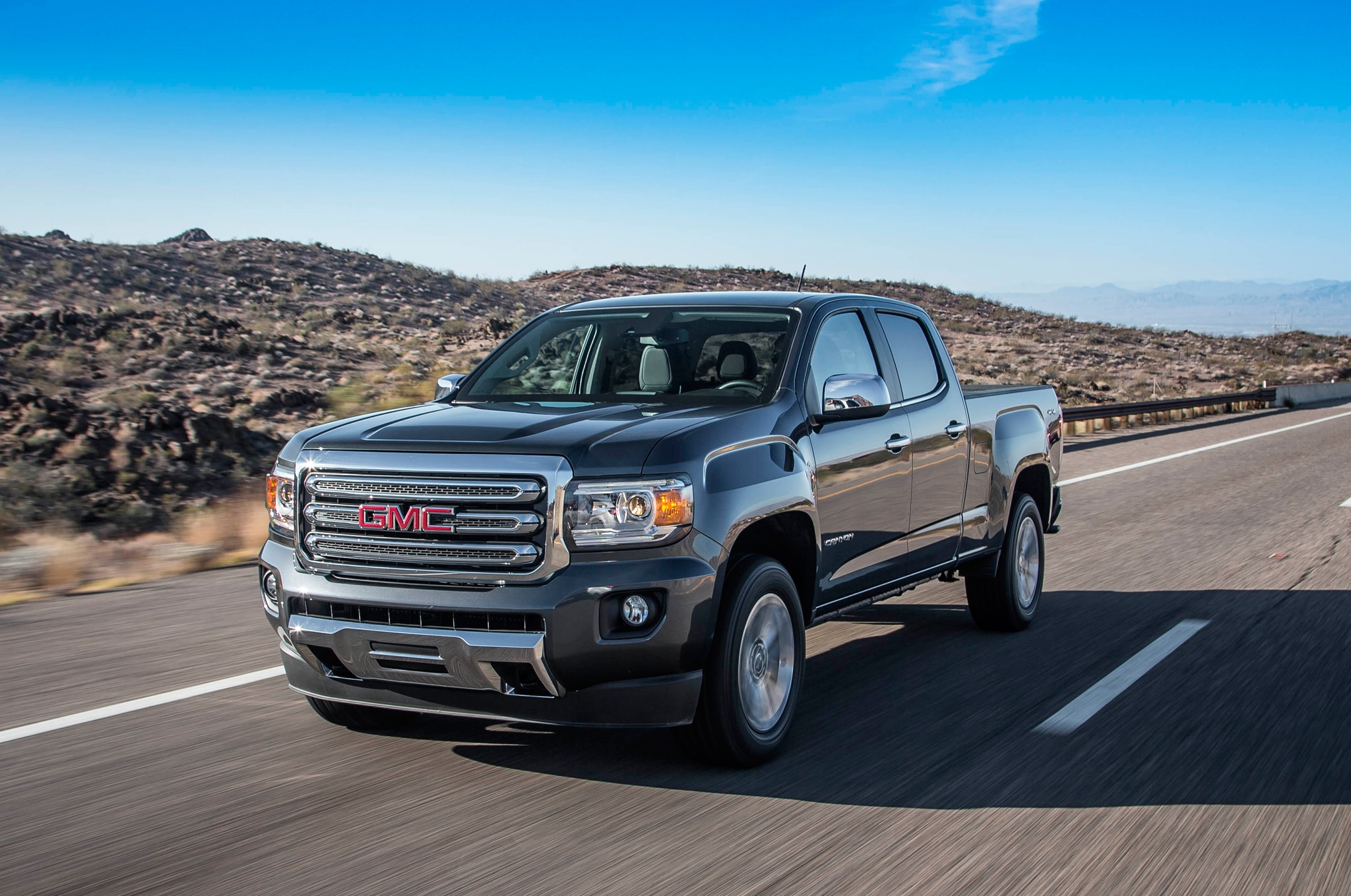 2015 GMC Canyon SLT Crew Cab V-6 4WD Review