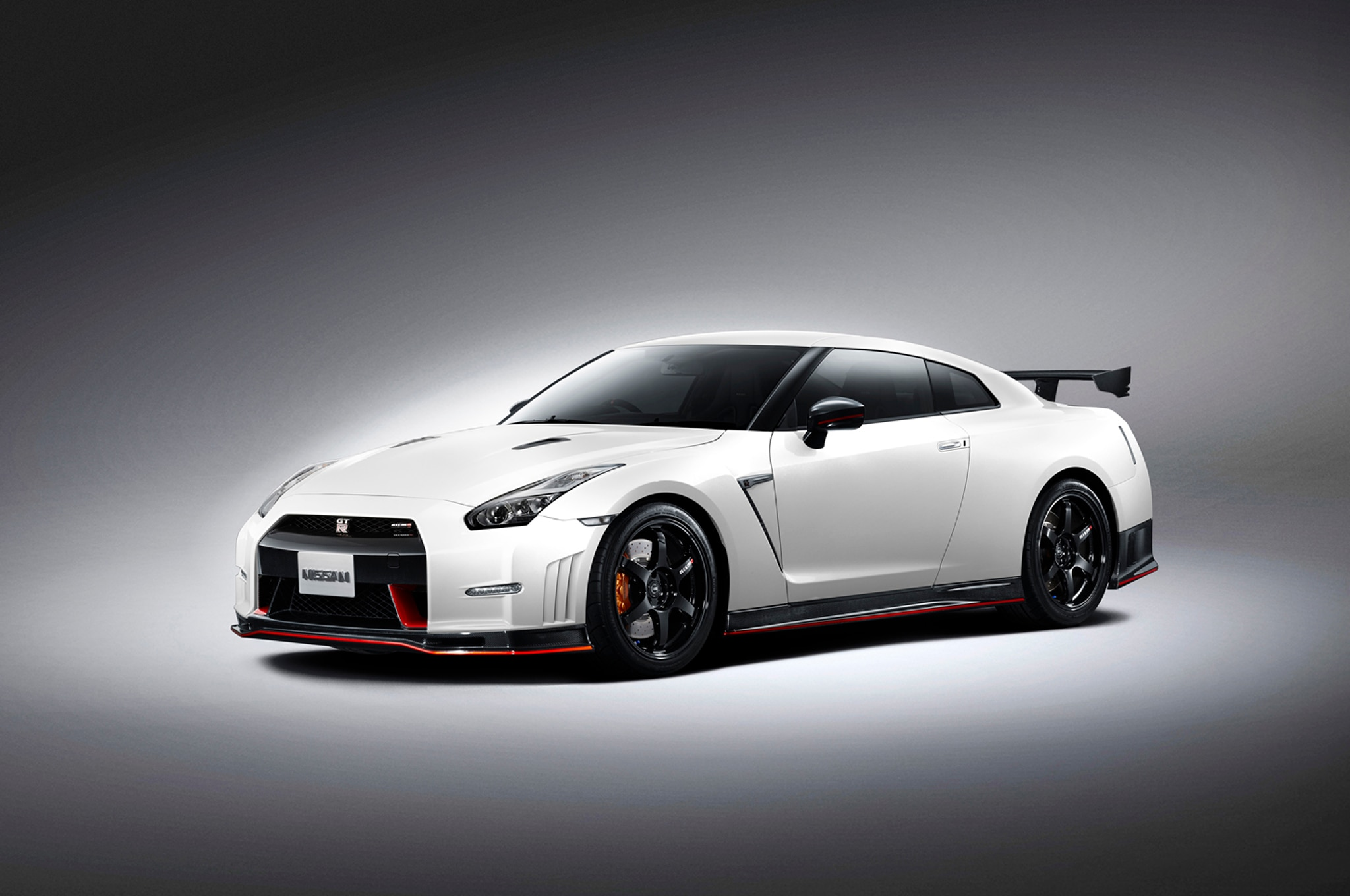 2015 Nissan Gt R Nismo Details Released Before 2013 Tokyo Show Almera Black Front Three Quarters