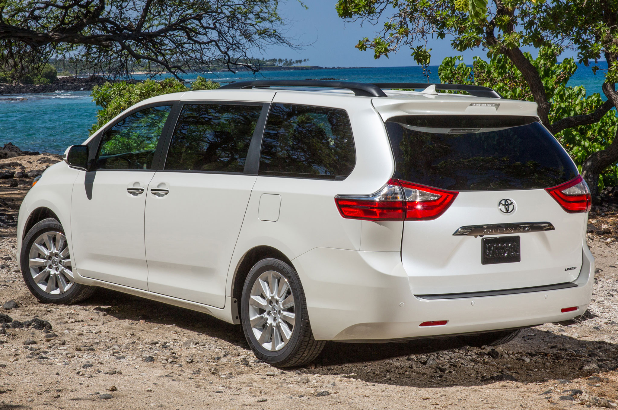 2015 Toyota Sienna Limited Rear Three Quarter View