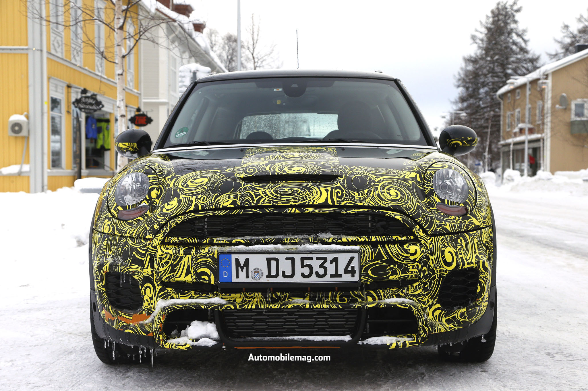 2015 mini cooper jcw spied front report 2015 mini cooper jcw to get 231 hp from new engine
