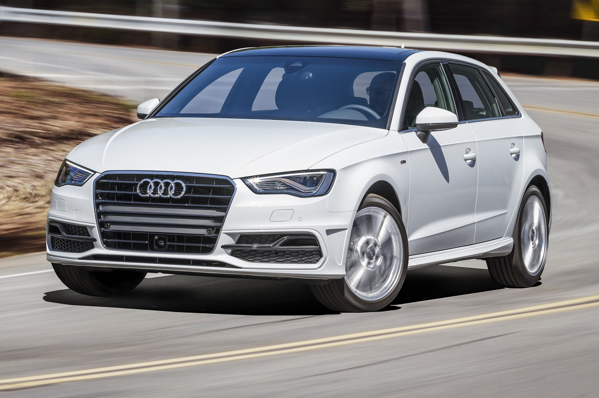 Audi A3 Premium Plus >> 2016 Audi A3 Sportback e-tron Review