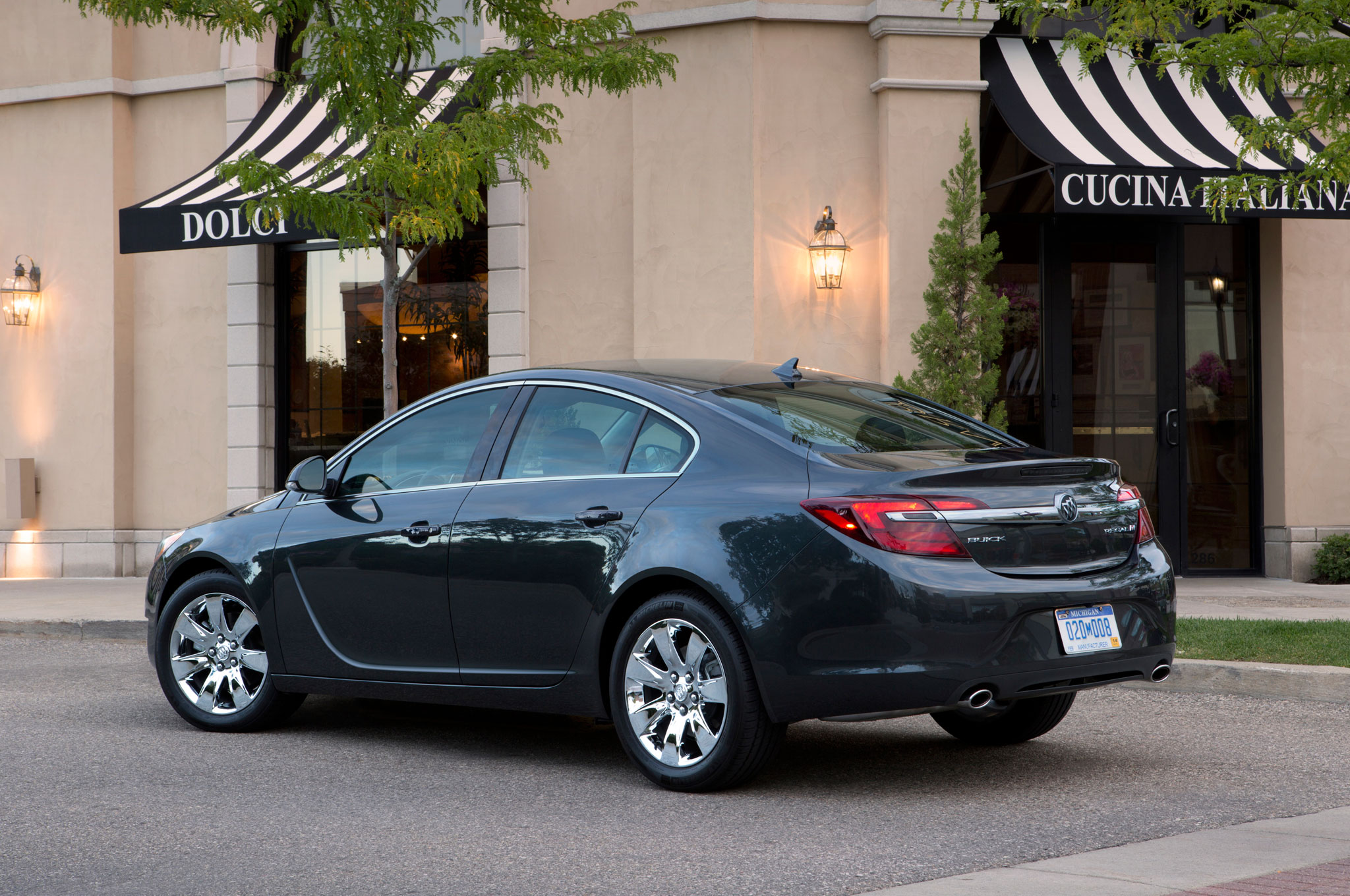 2016 Buick Regal Prices Cut By Up To 3 320