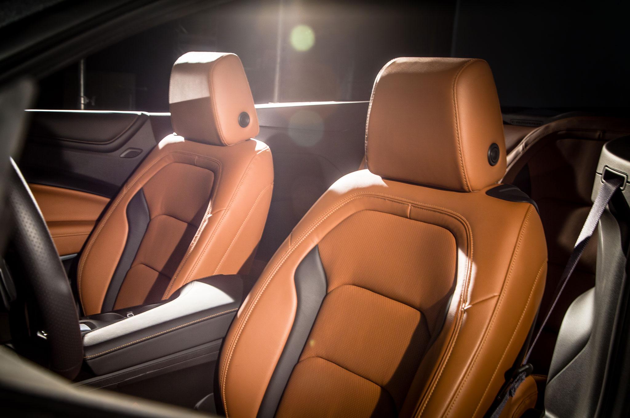 2016 Chevrolet Camaro Convertible Front Seats 5 107