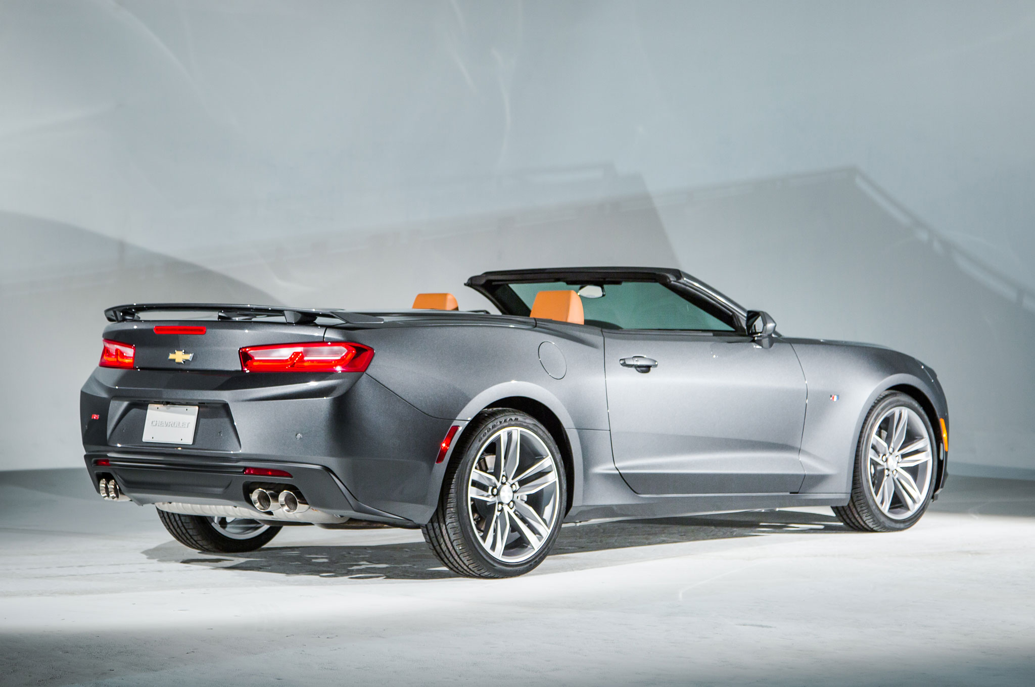 2016 Chevrolet Camaro Convertible Rear Three Quarter