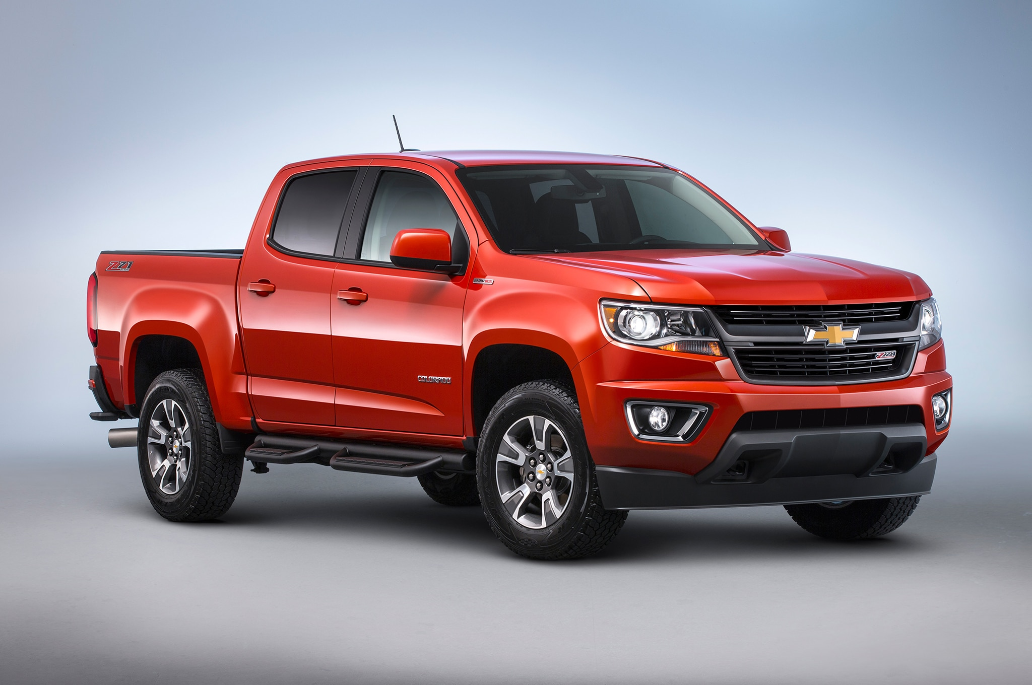 2016 Chevrolet Colorado Duramax Front Three Quarter Studio 1