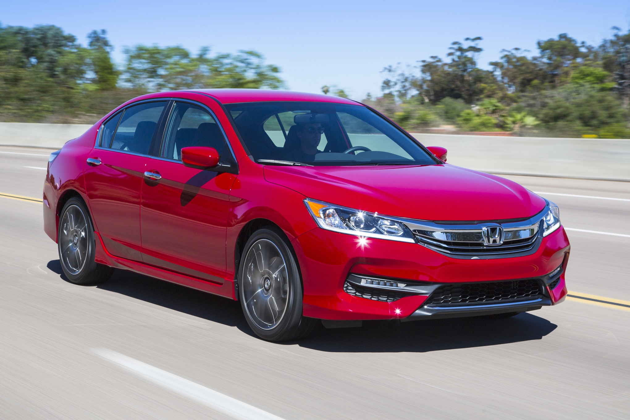 2016 honda accord refreshed adds android auto and apple for 2016 honda accord sport msrp