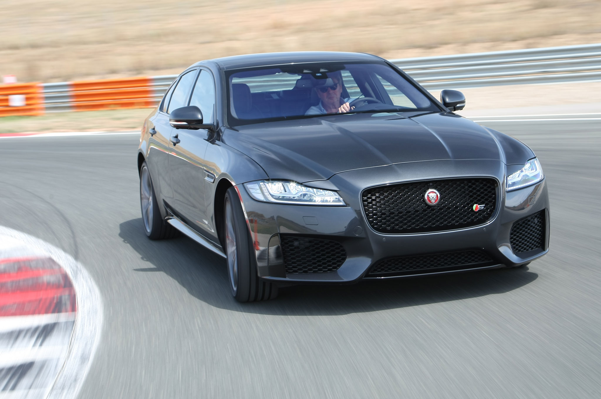 Jaguar xe r sport 0-60