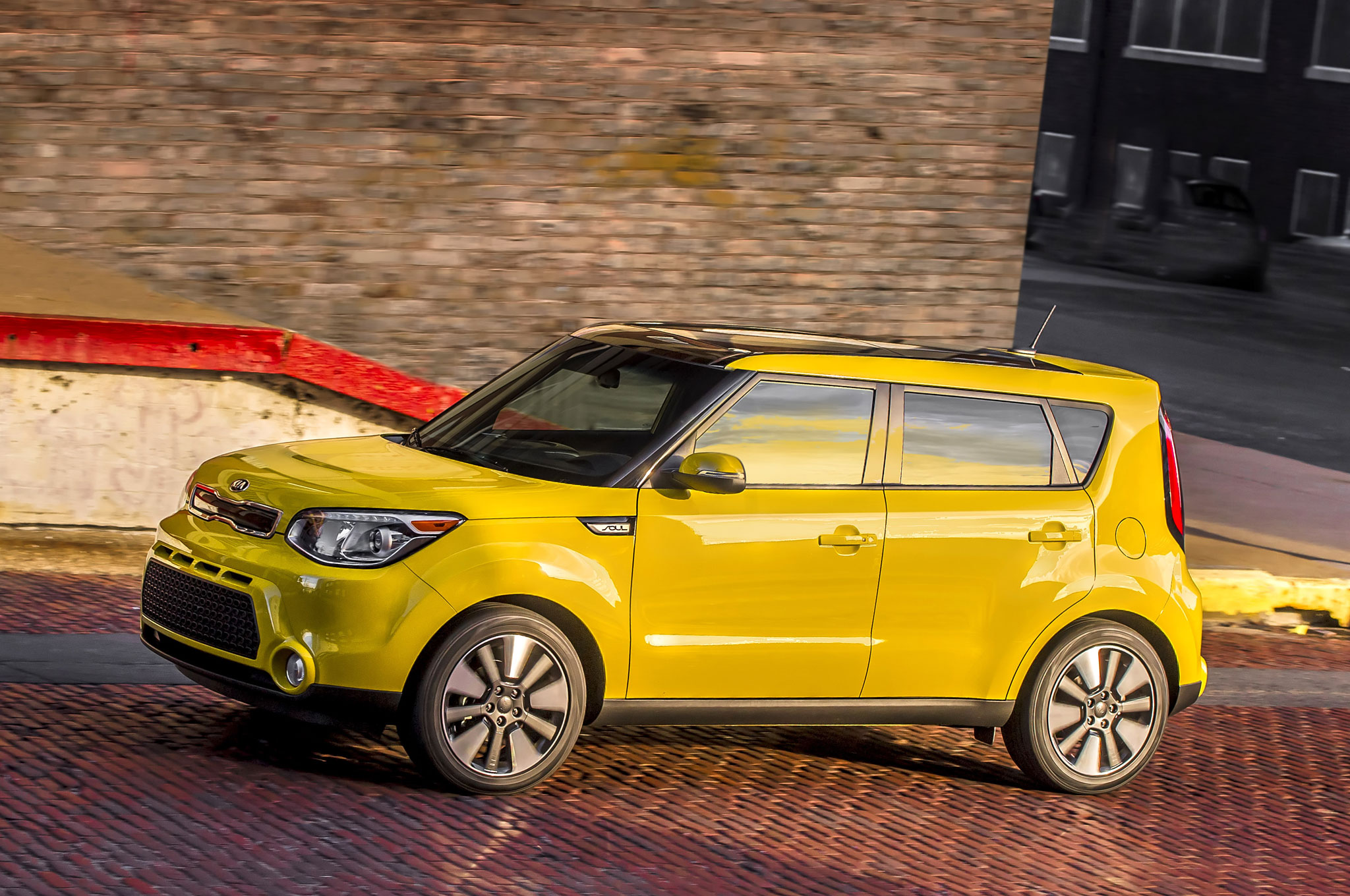 Twin City Mazda >> Musical Hamsters Return for 2016 Kia Soul Commercial (W/Video)
