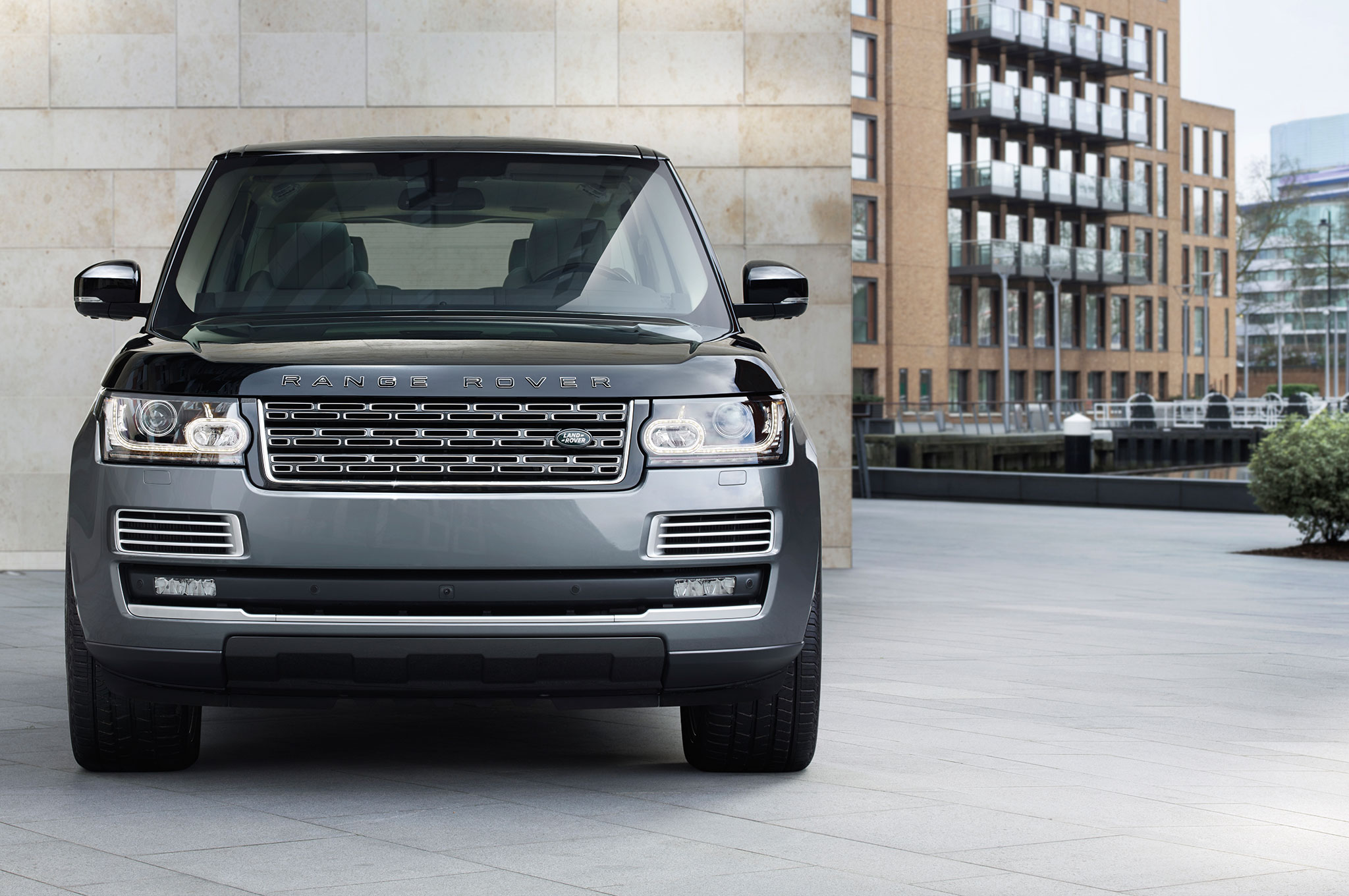 2016 Land Rover Range Diesel Priced From 87445 Td6 Wiring Diagram Svautobiography Front 16 18