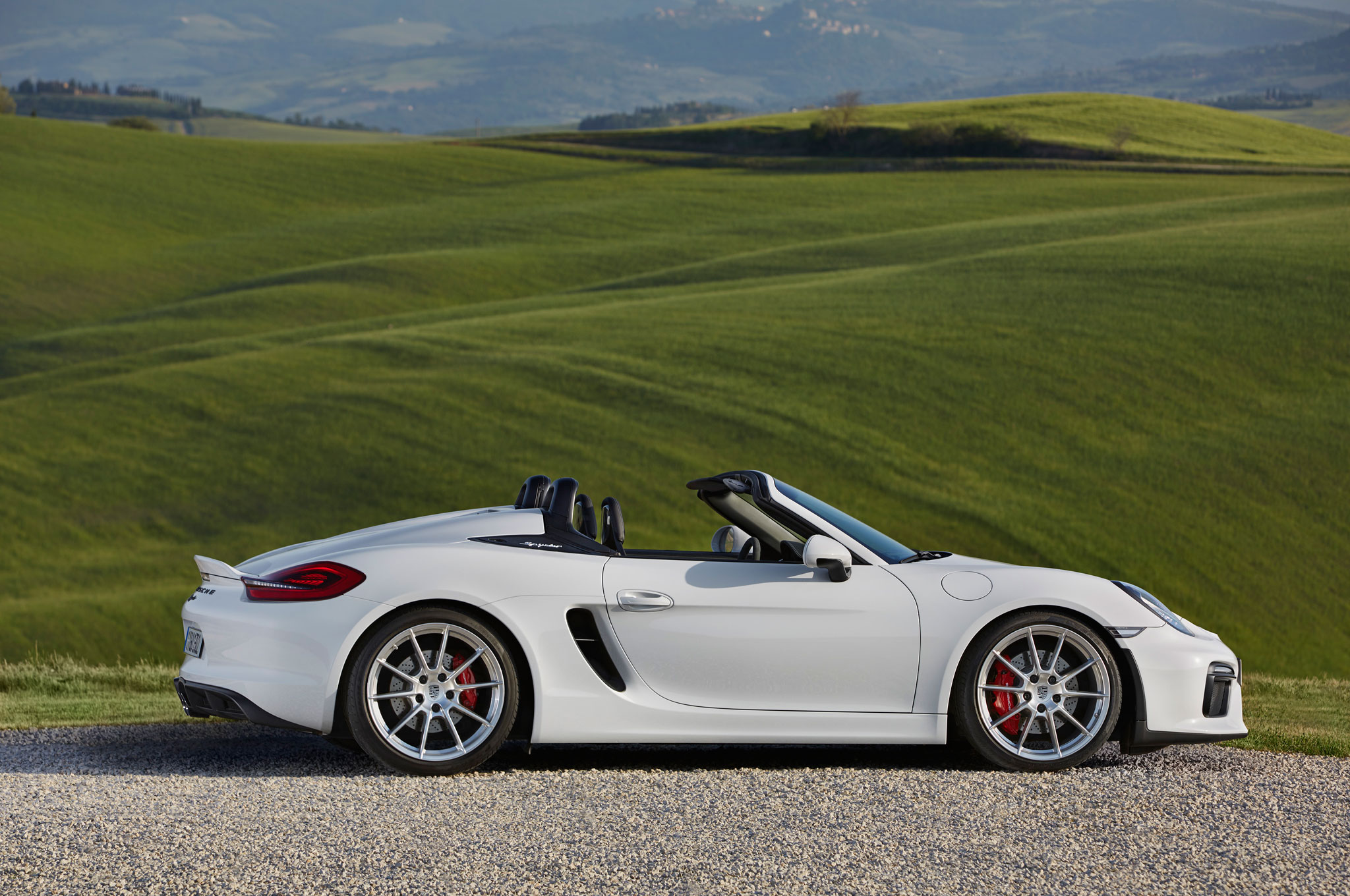 2016 porsche boxster spyder quick drive automobile magazine. Black Bedroom Furniture Sets. Home Design Ideas