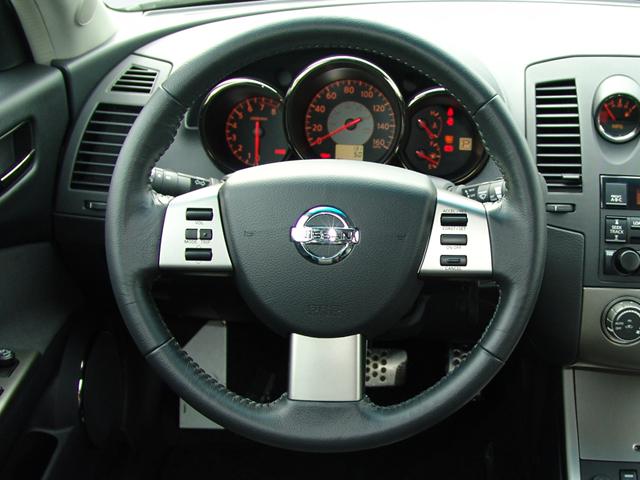 2005 Nissan Altima SE-R - Road Test & Review - Automobile Magazine