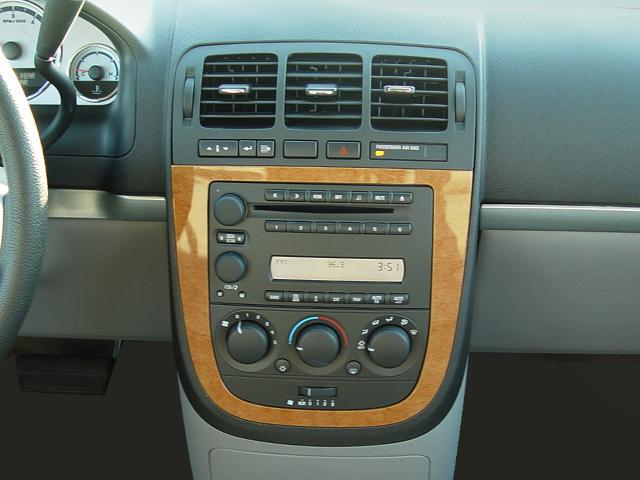2005 Saturn Relay Review Automobile Magazinerhautomobilemag: 2005 Jeep Radio Relay At Gmaili.net