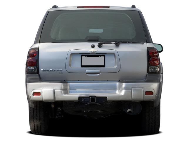 2006 Chevrolet Trailblazer SS vs. 2006 Jeep Grand Cherokee SRT8 - SUV Comparison Road Test ...