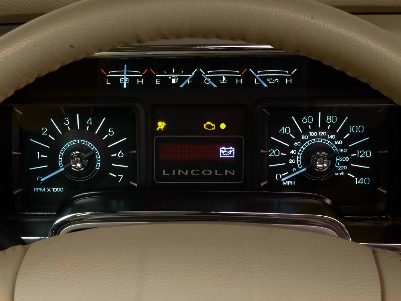 Lincoln Navigator Wd Ultimate Suv Instrument Cluster on 2007 Lincoln Navigator