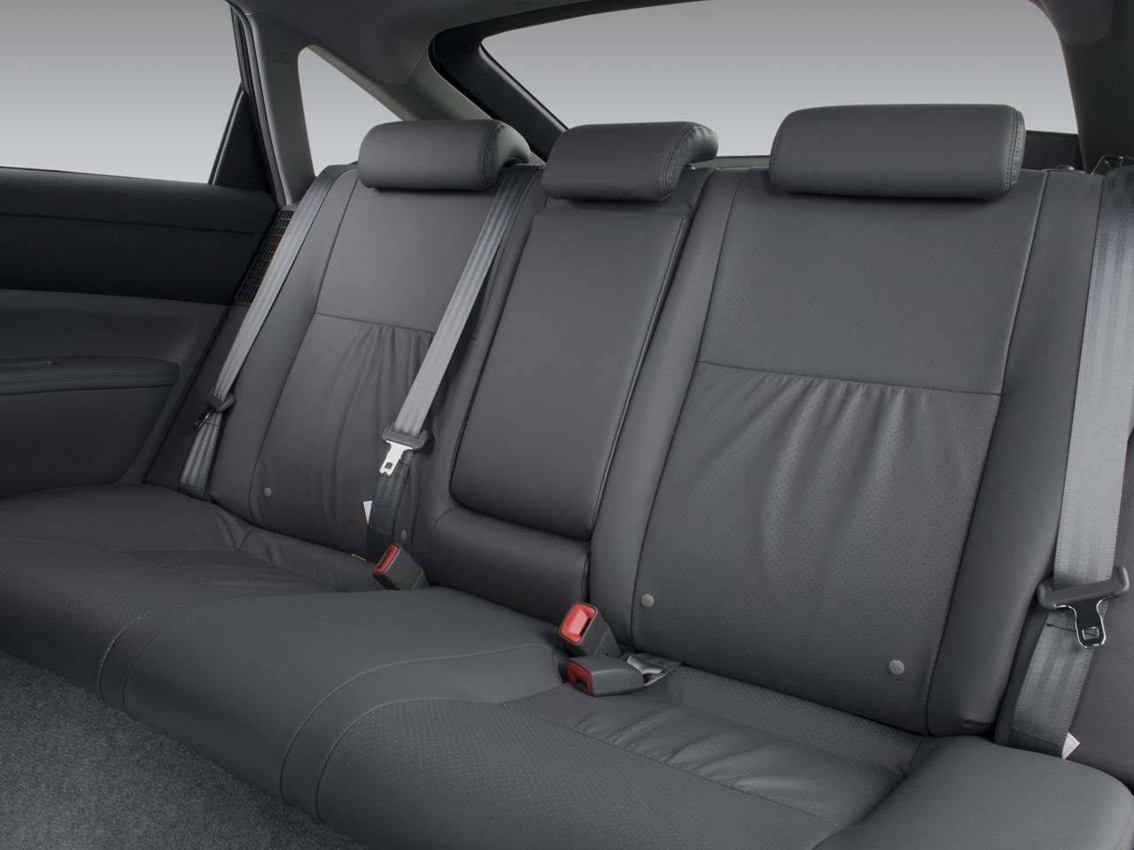 2008 Toyota Prius Touring Edition Hybrid Sedan Review Interior 34 50