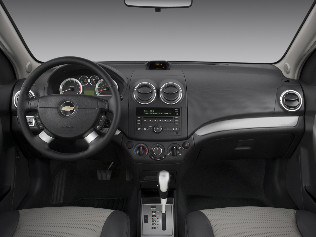 2008 chevy aveo sedan interior