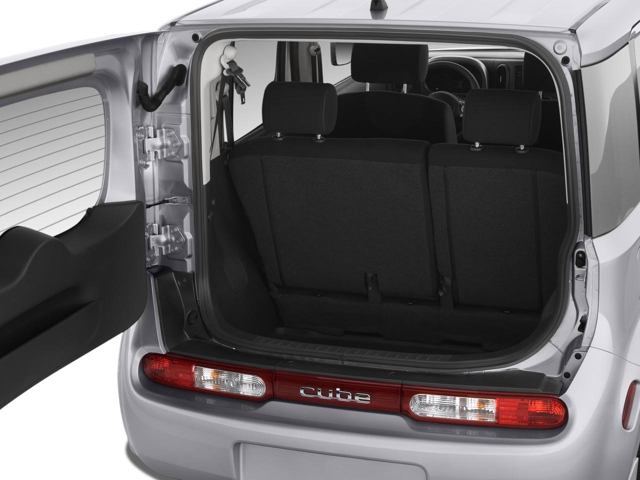 2009 Nissan Cube Krom Nissan Midsize Suv Review Automobile Magazine