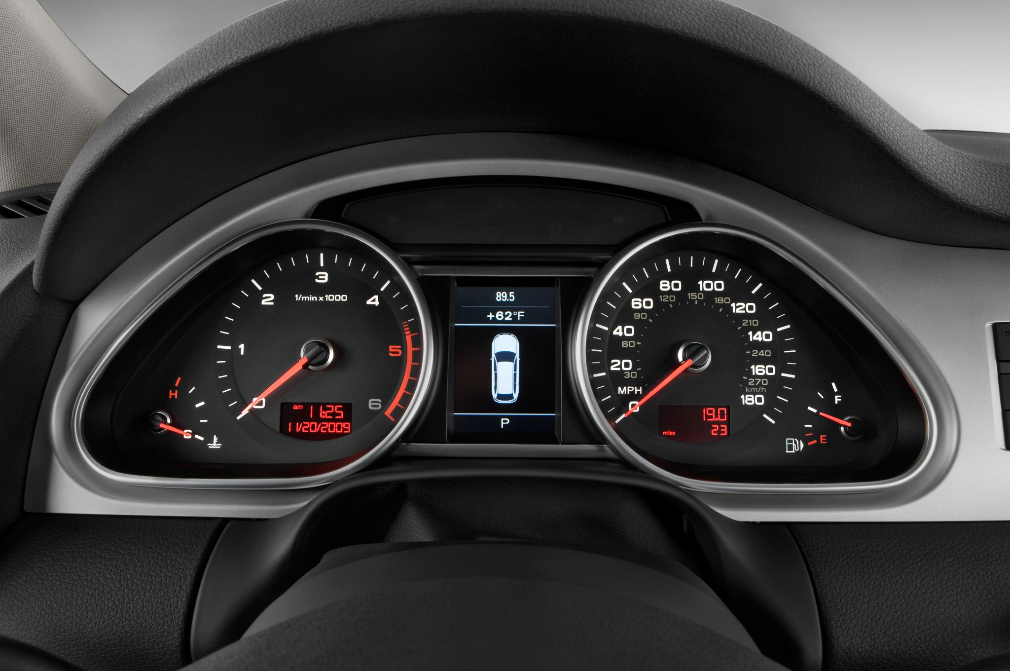 je design tunes up the euro spec audi q7 3 0 tdi gives it a body kit rh automobilemag com 2014 Audi Q5 2012 Audi Q7