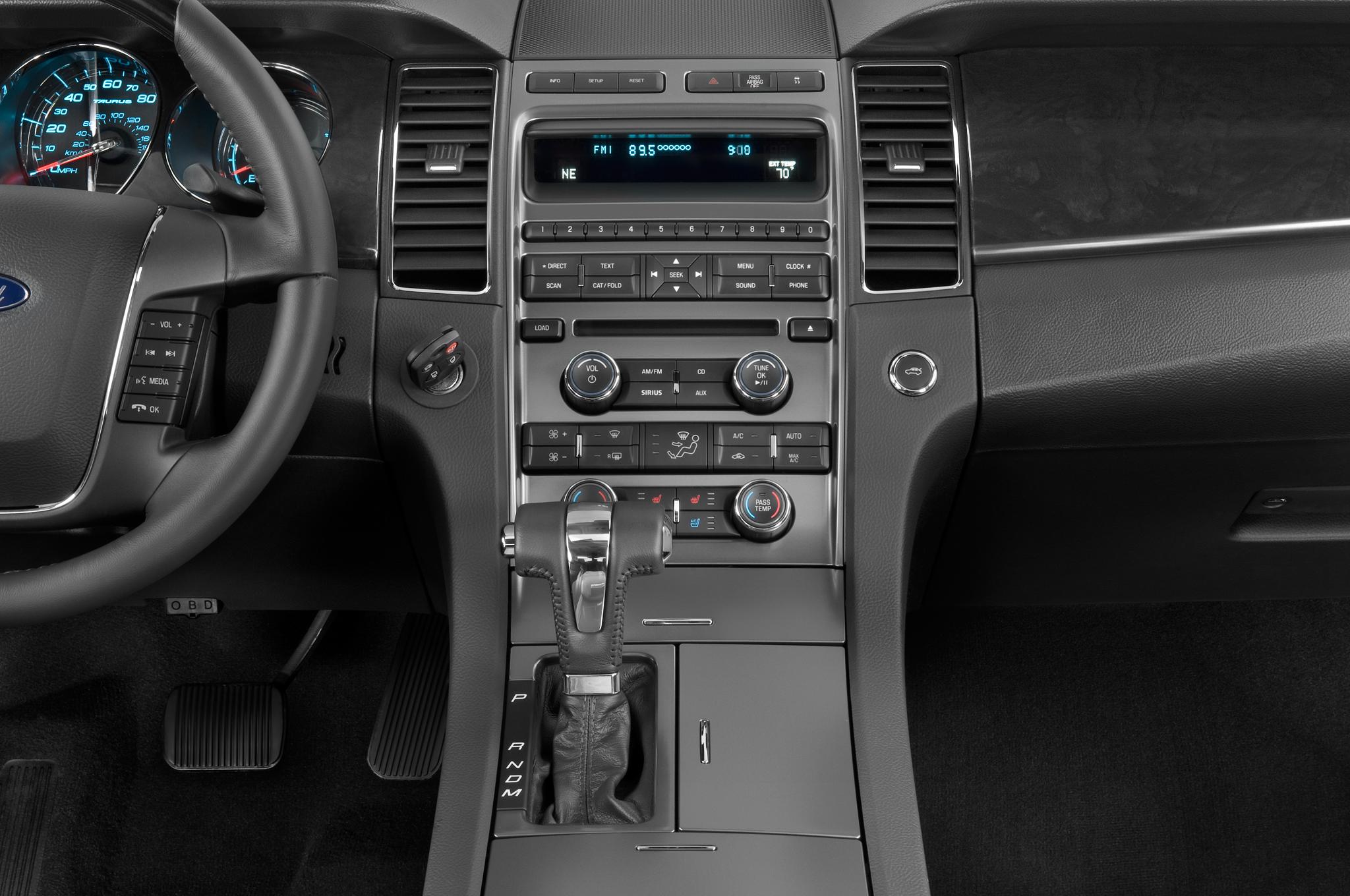 2010 Ford Taurus SHO - Ford Sport Sedan Review ...