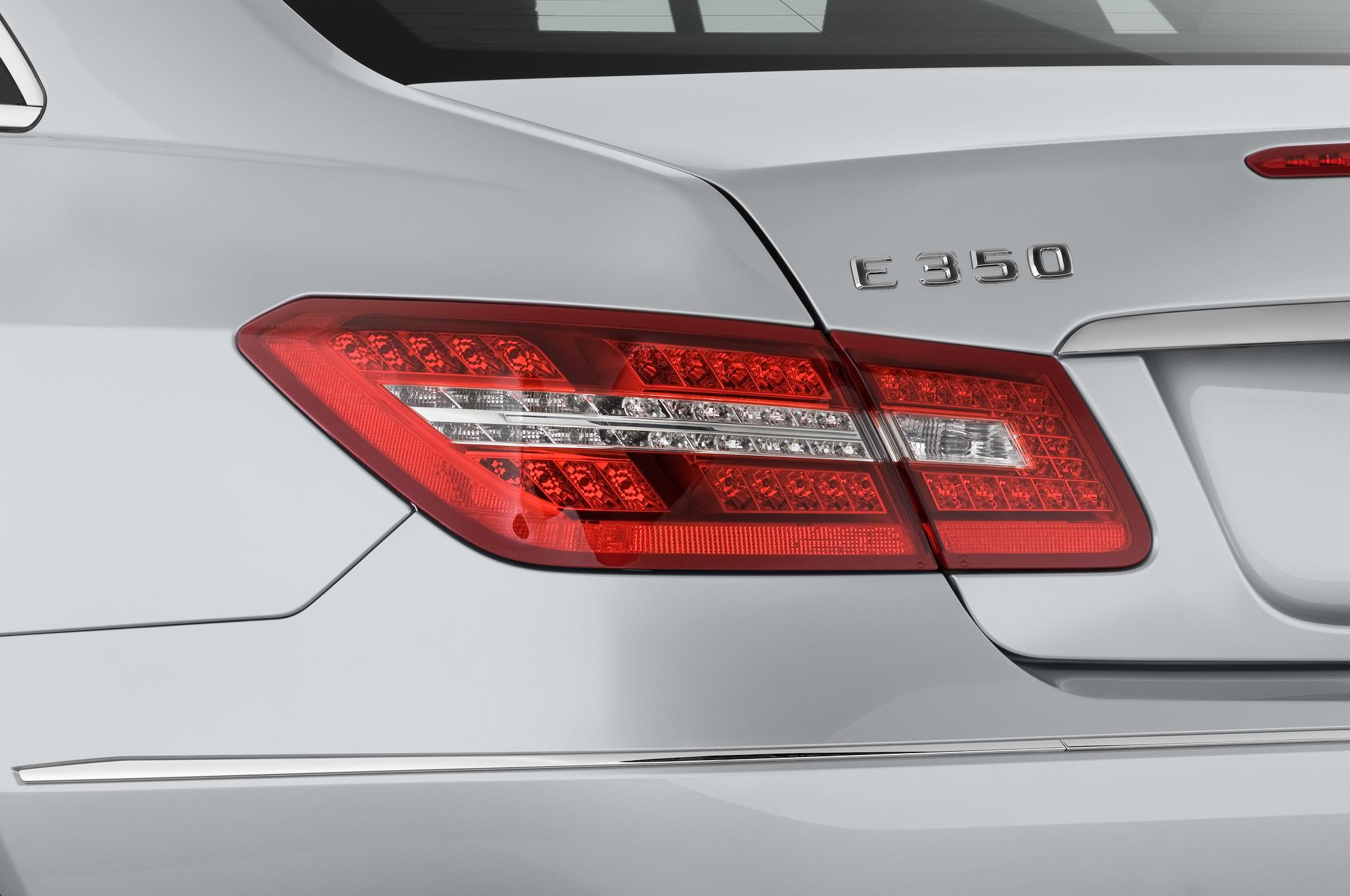 Mercedes-Benz E-Class: Braking