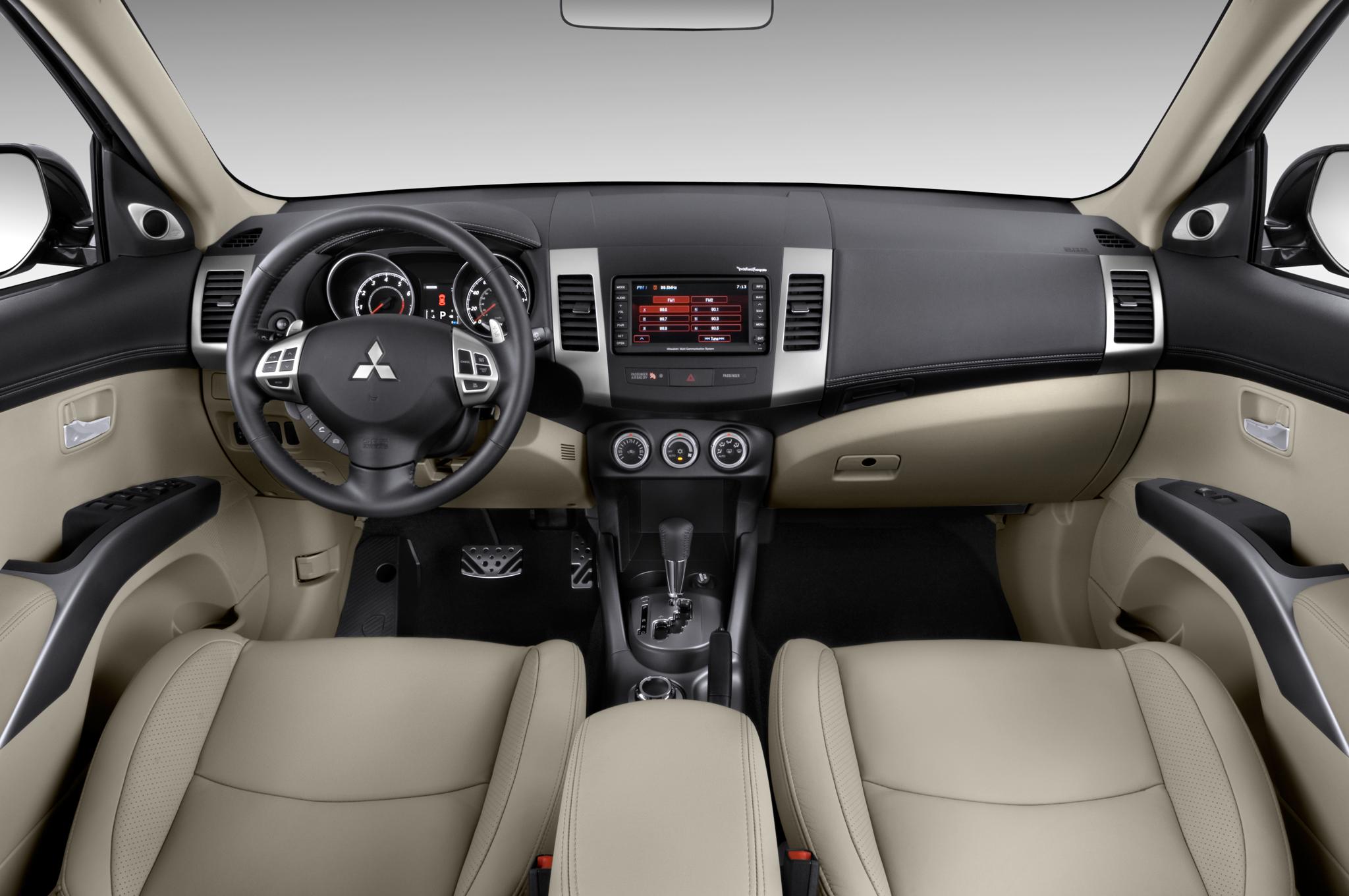 2010 Mitsubishi Outlander GT - Mitsubishi Crossover SUV ...