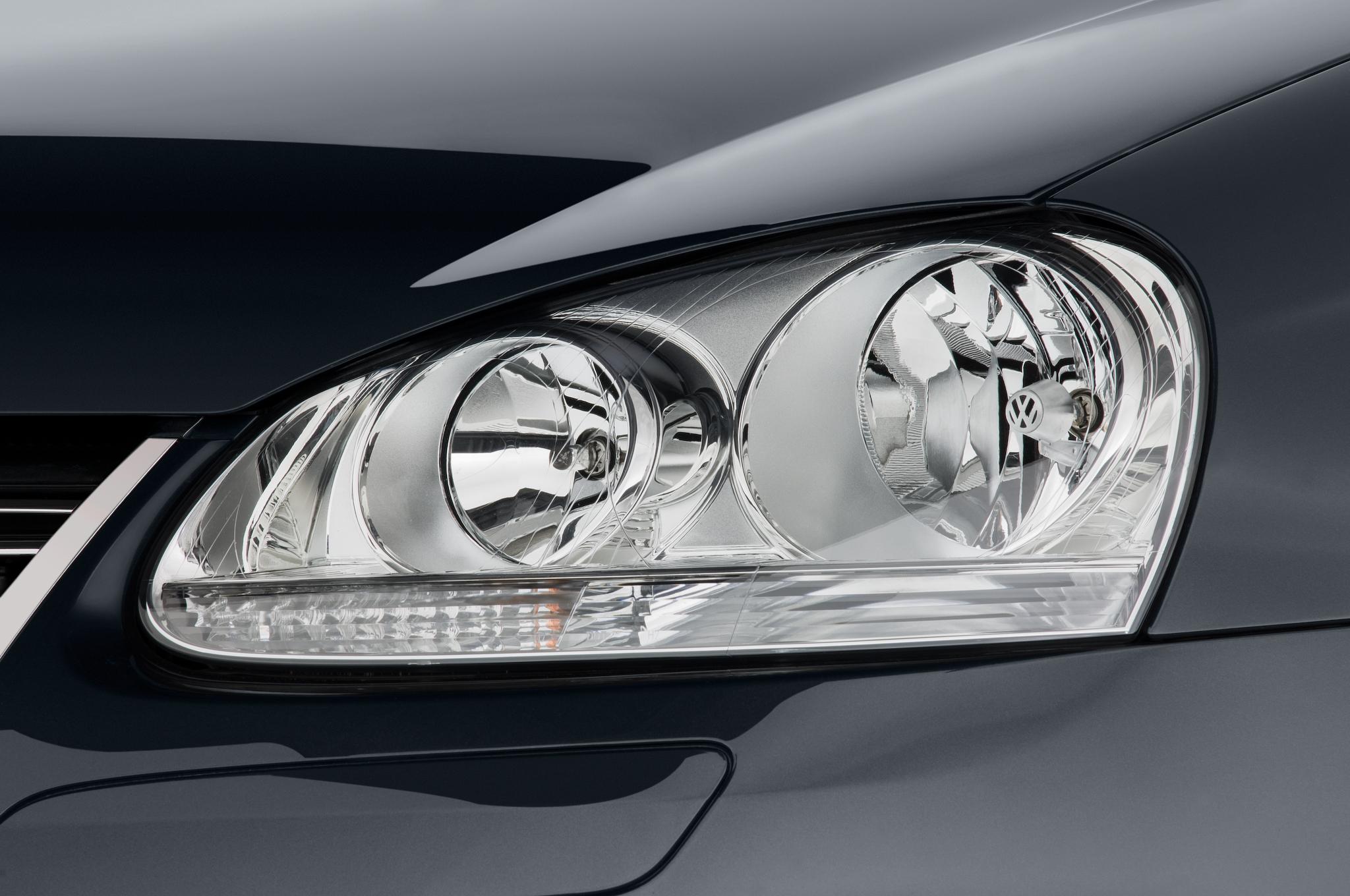 2010 Volkswagen Jetta Tdi Cup Edition Automobile Magazine Cover Headlamp Satria Fu Gen3 37 100