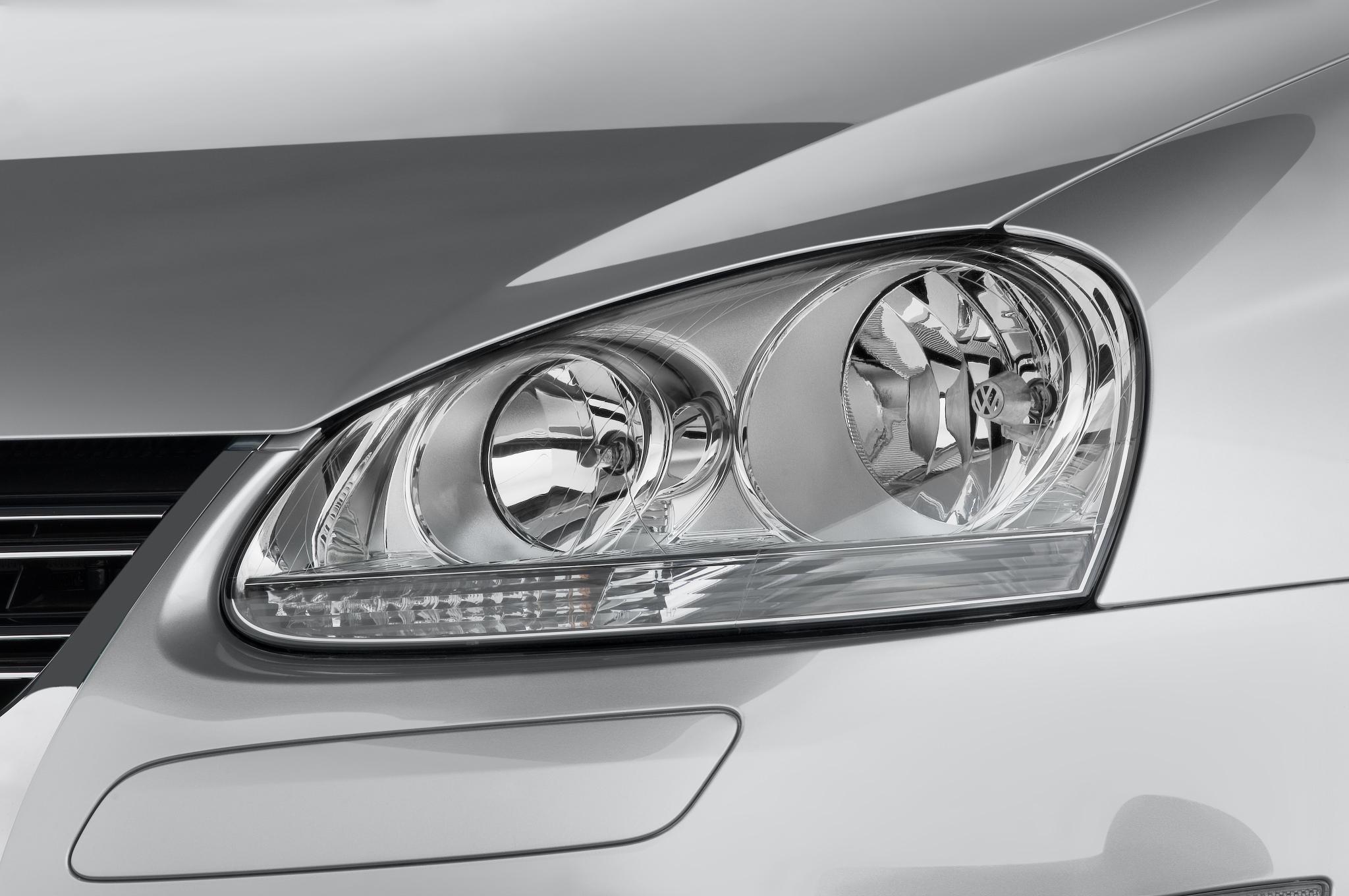 2010 Volkswagen Jetta Tdi Cup Edition Automobile Magazine Cover Headlamp Satria Fu Gen3 30 100