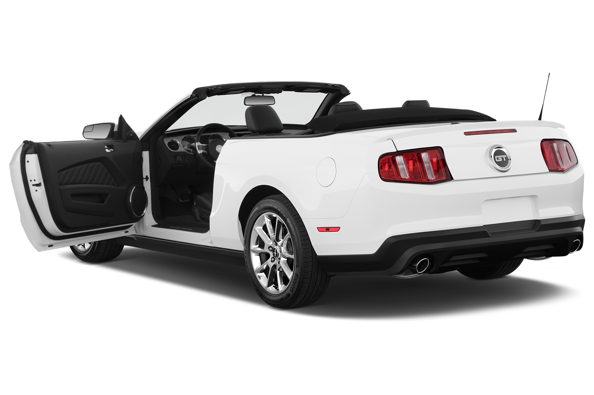 first look 2011 ford mustang v 6 2009 la auto show. Black Bedroom Furniture Sets. Home Design Ideas
