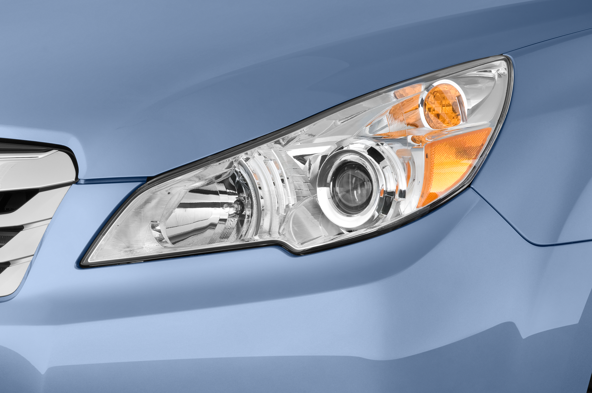 Subaru Announces Pricing Content Updates For 2011 Legacy And Outback Fuse Diagram Light 40 51
