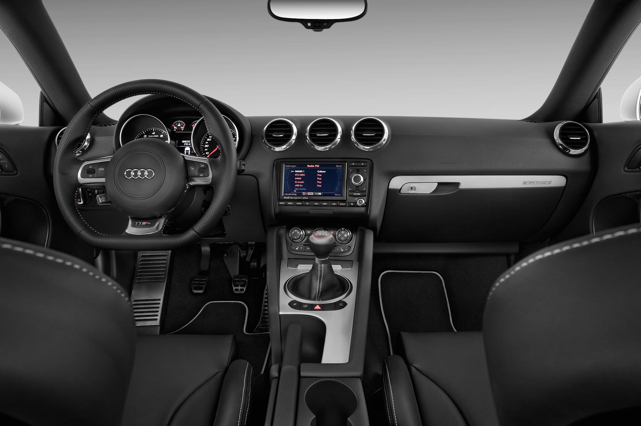 next gen audi tt rs spied winter testing with manual transmission rh automobilemag com 2005 Audi TT 2003 Audi TT