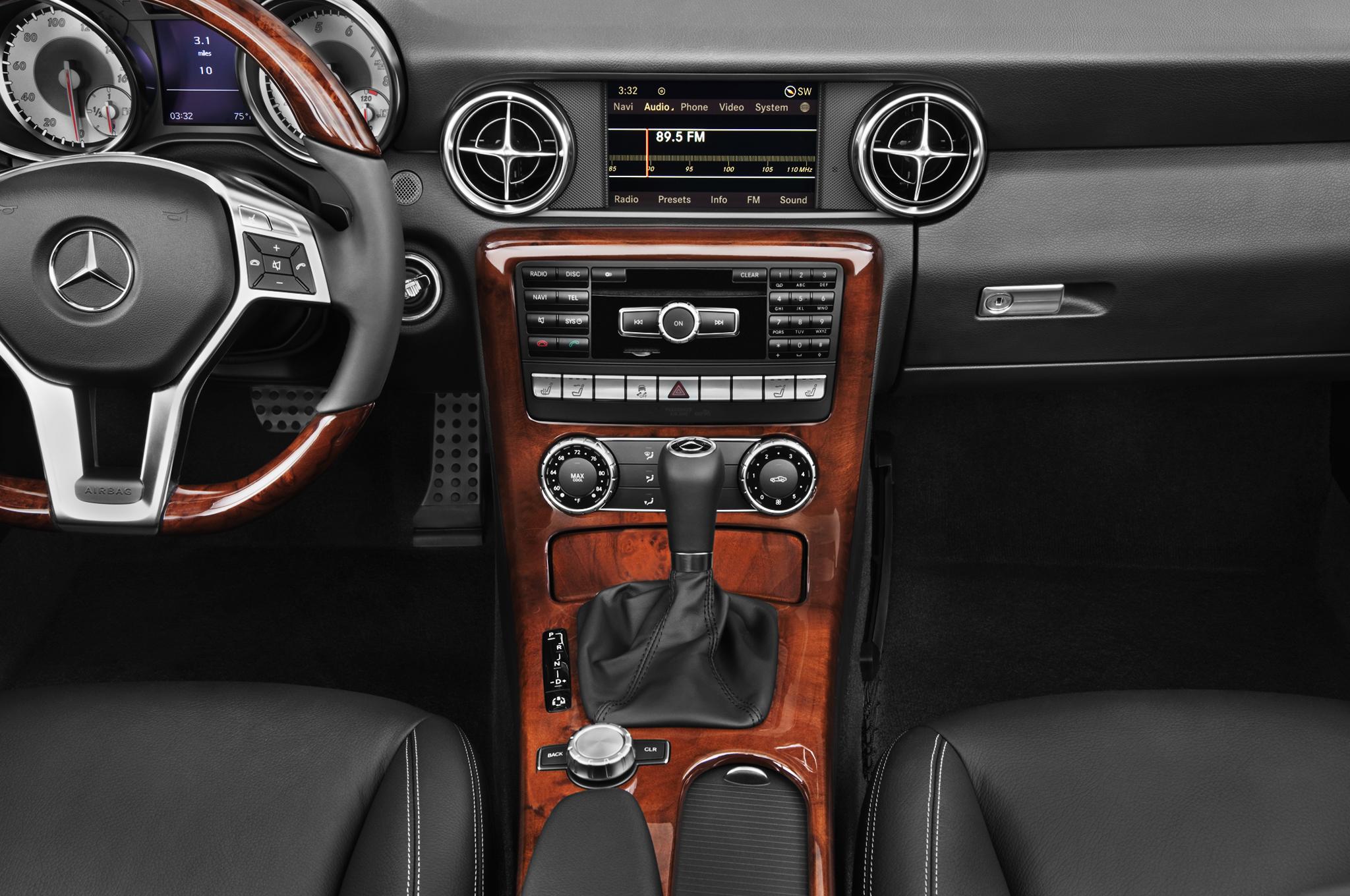 2012 Mercedes Benz Slk250 Editors Notebook Automobile Magazine October Fuse Box Diagram 15 25