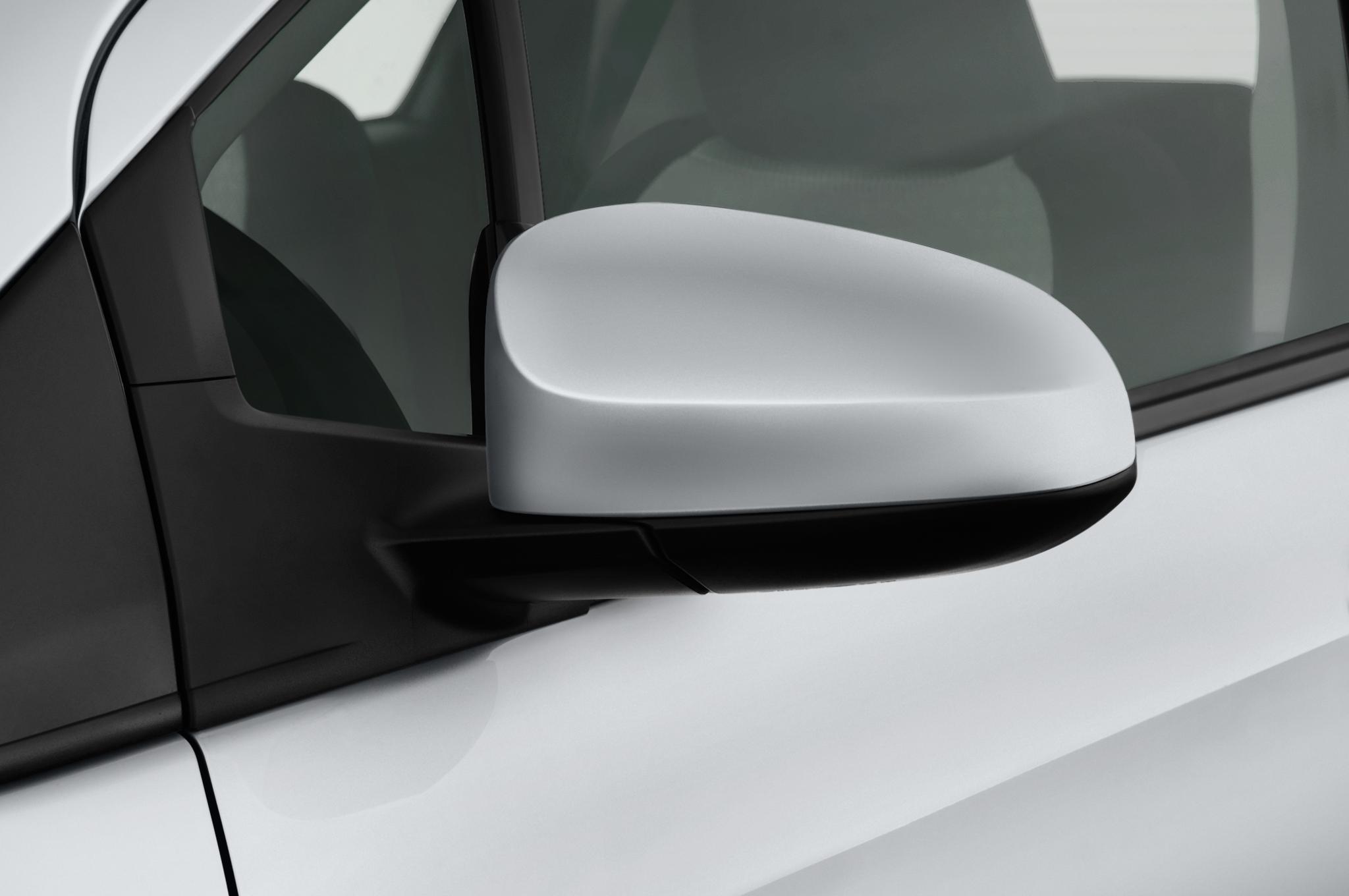 Toyota Shows Customized Tacomas Tundra And 2012 Camry Pace Car At Sema