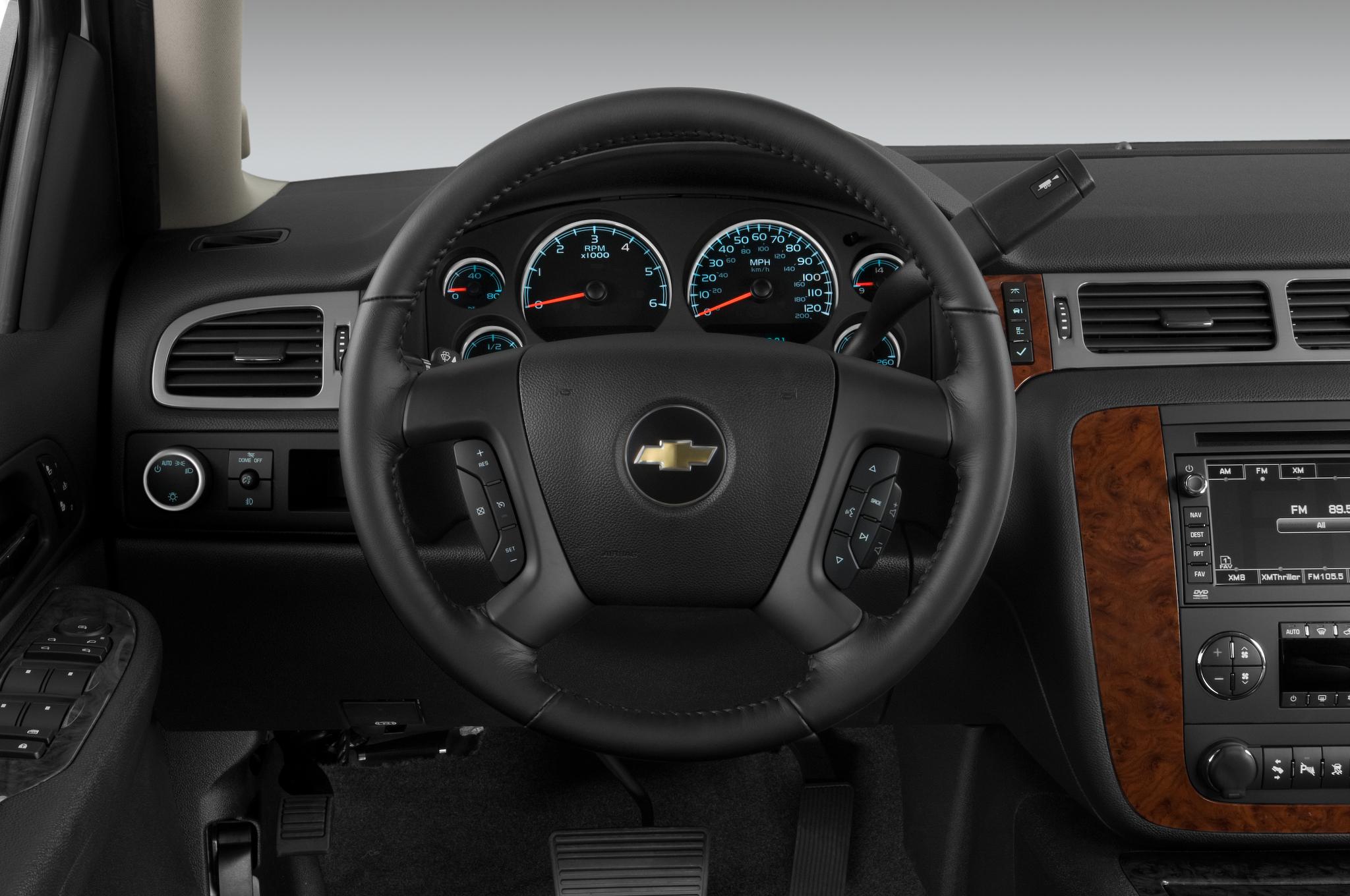 2015 GMC Yukon, Chevrolet Tahoe Spotted Testing