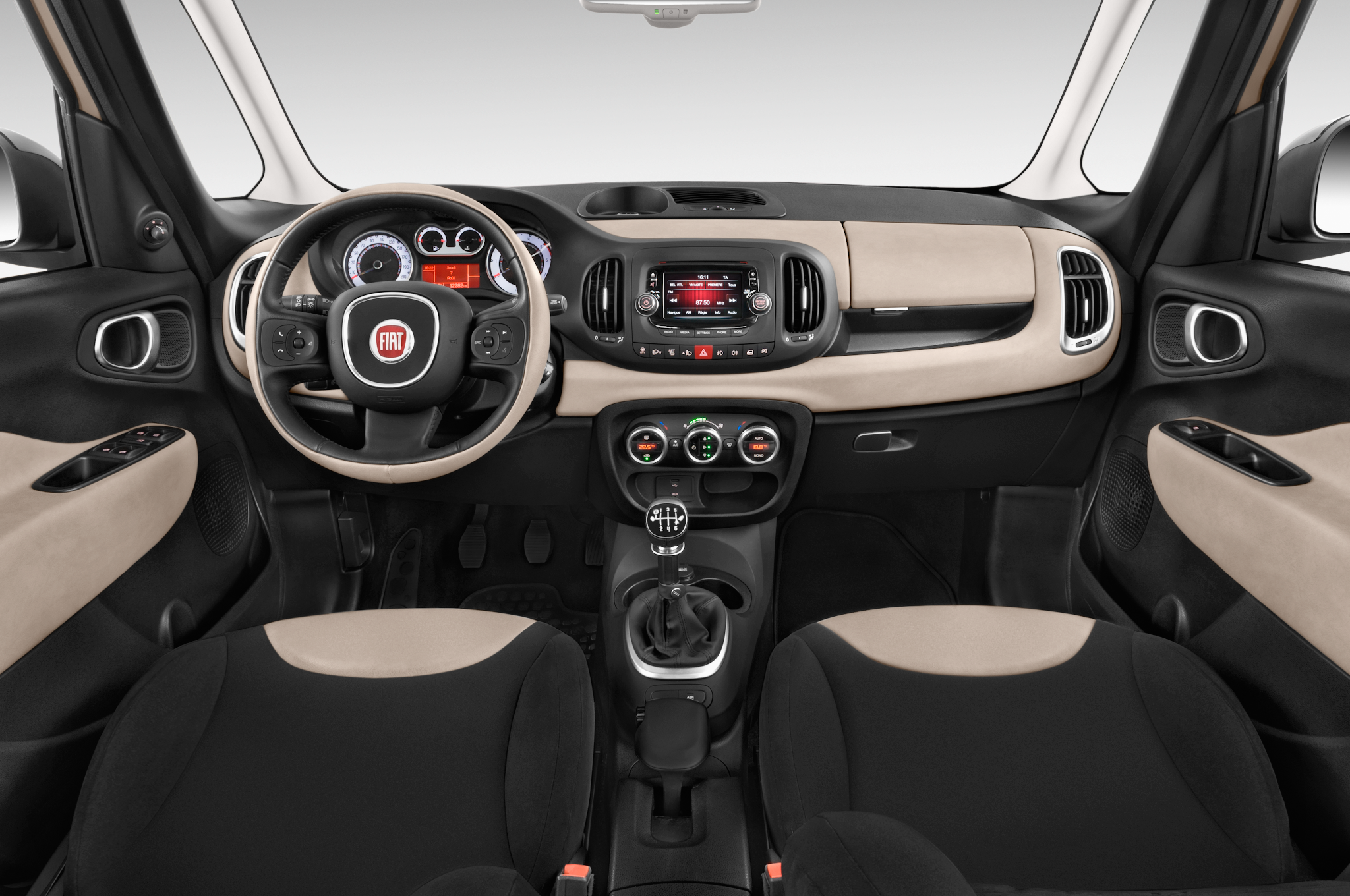 2015 Fiat 500L Adds Six-Speed Automatic, New Colors