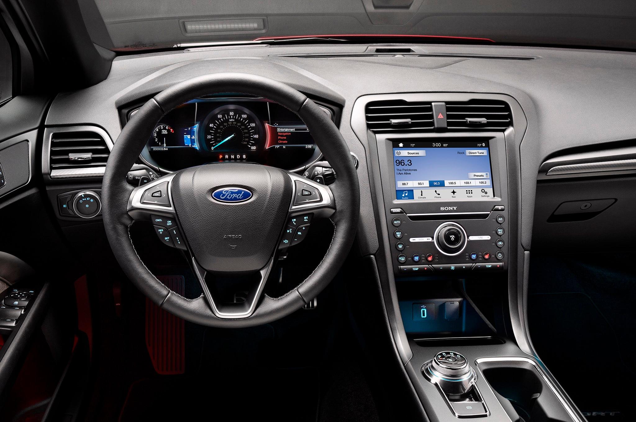 2017 Ford Fusion Refreshed for Detroit, Adds 325-HP V6 Sport Model