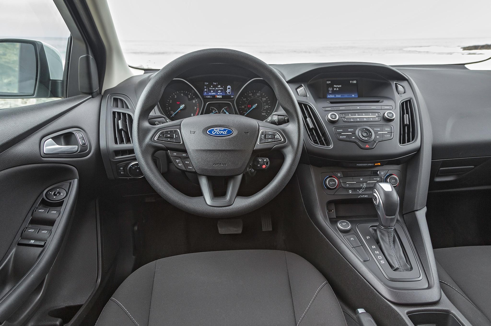 1449 2016 ford focus