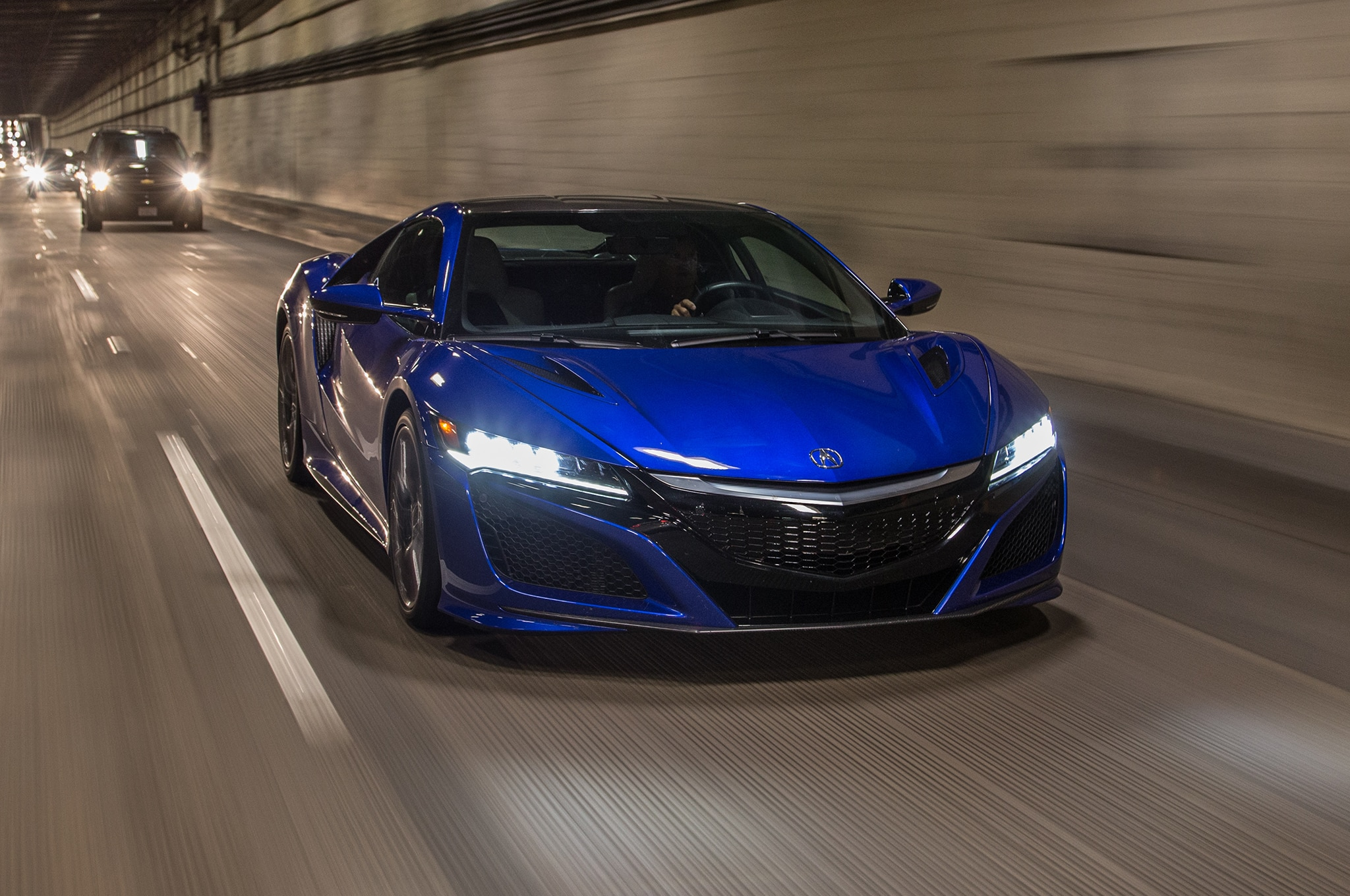 2017 Acura NSX Goes Head 2 Head with Nissan GT-R