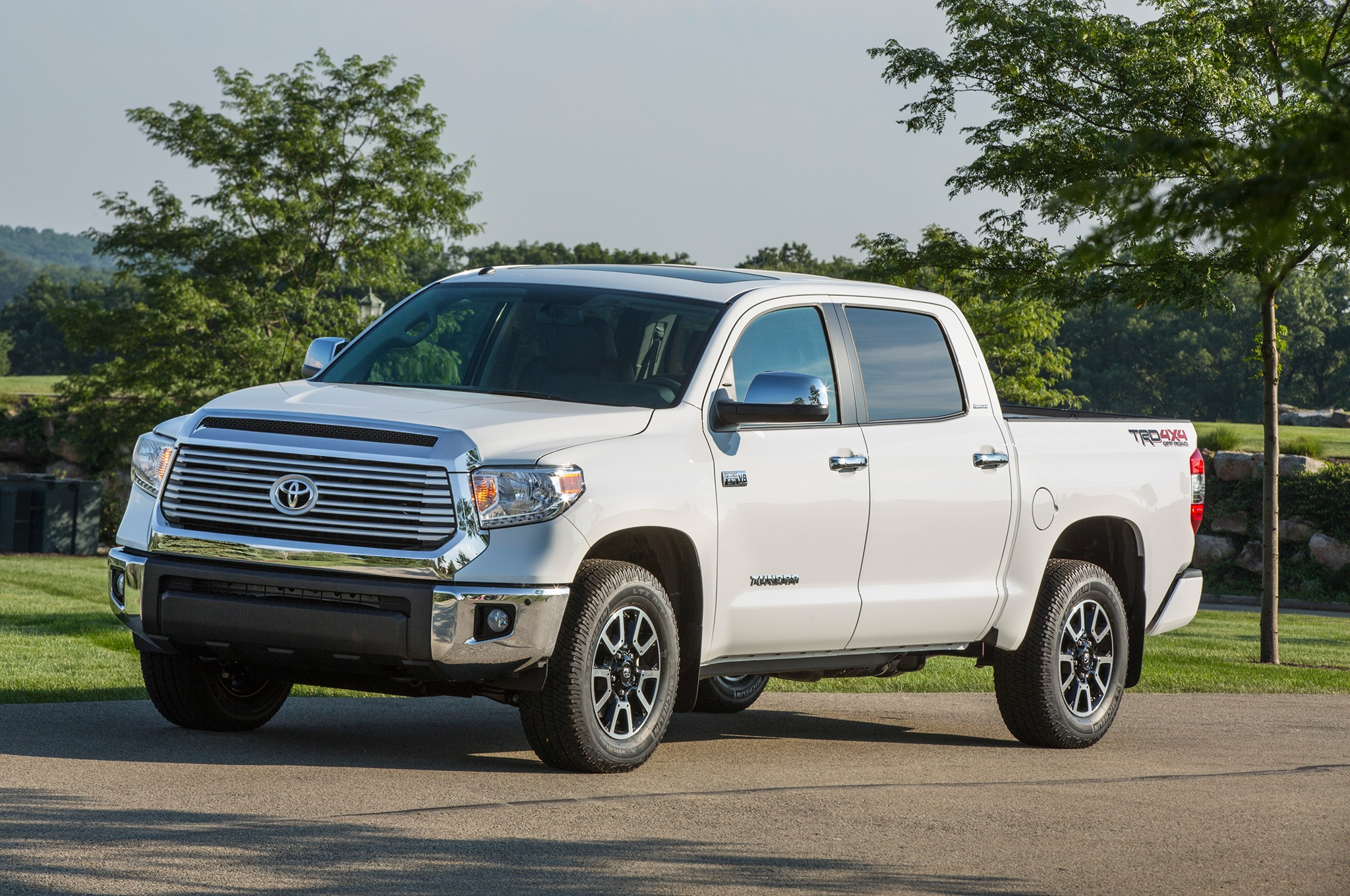 This Guy Put a Million Miles on a 2007 Toyota Tundra ...