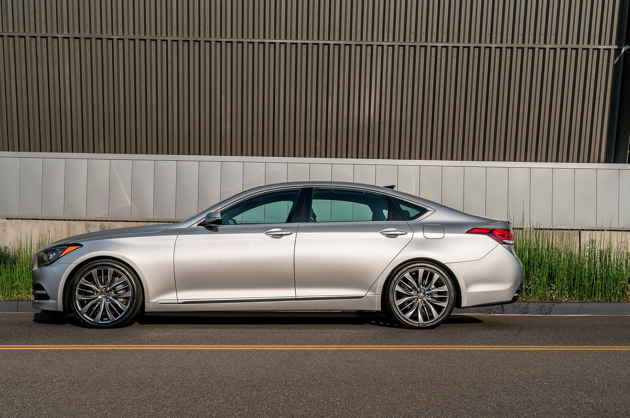 2017 Genesis G80 RWD 5.0 Ultimate One Week Review ...
