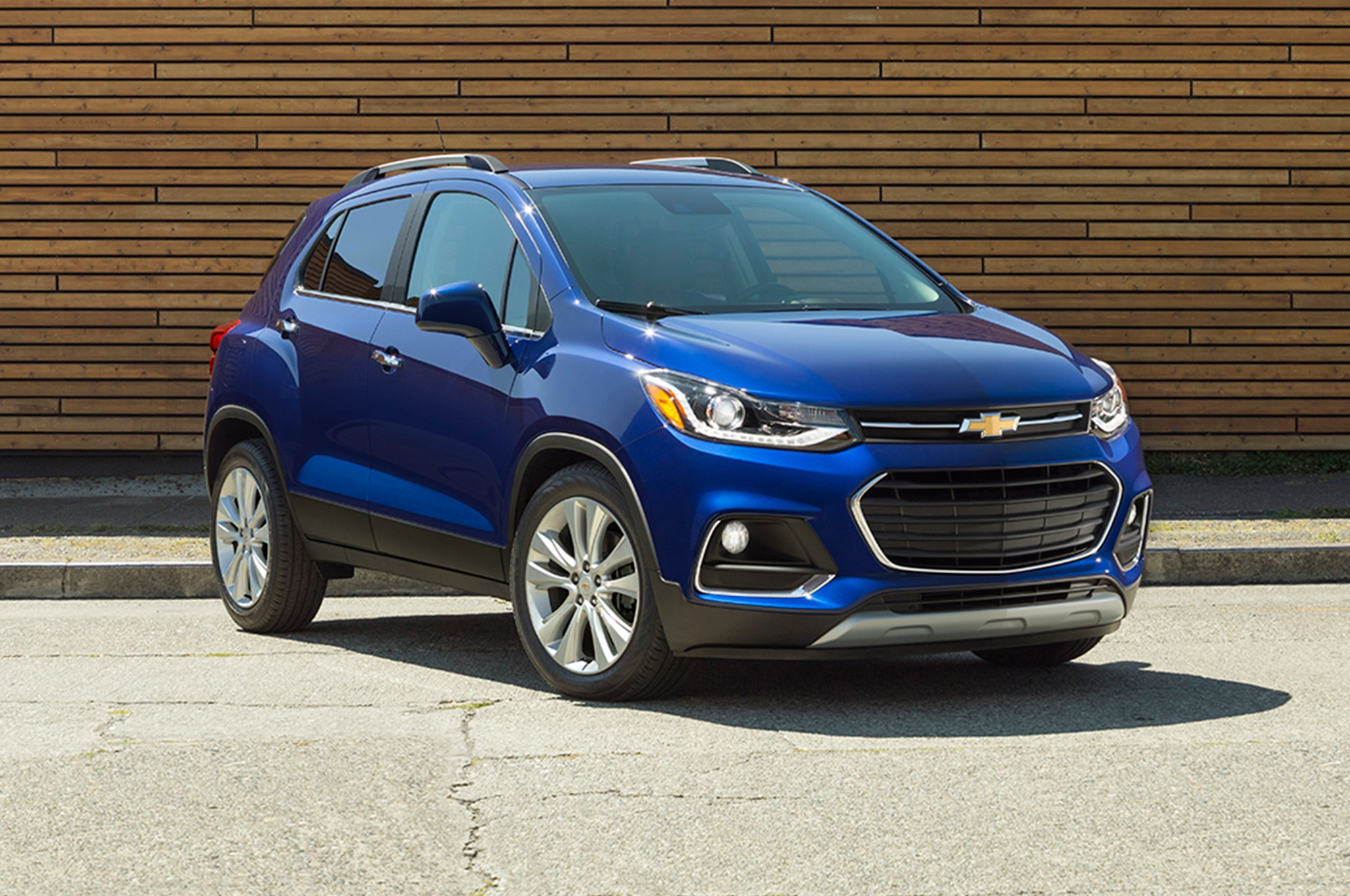 Chevrolet Volt 2019 >> 2017 Chevrolet Trax Gets a Fresh Face, New Safety Gear