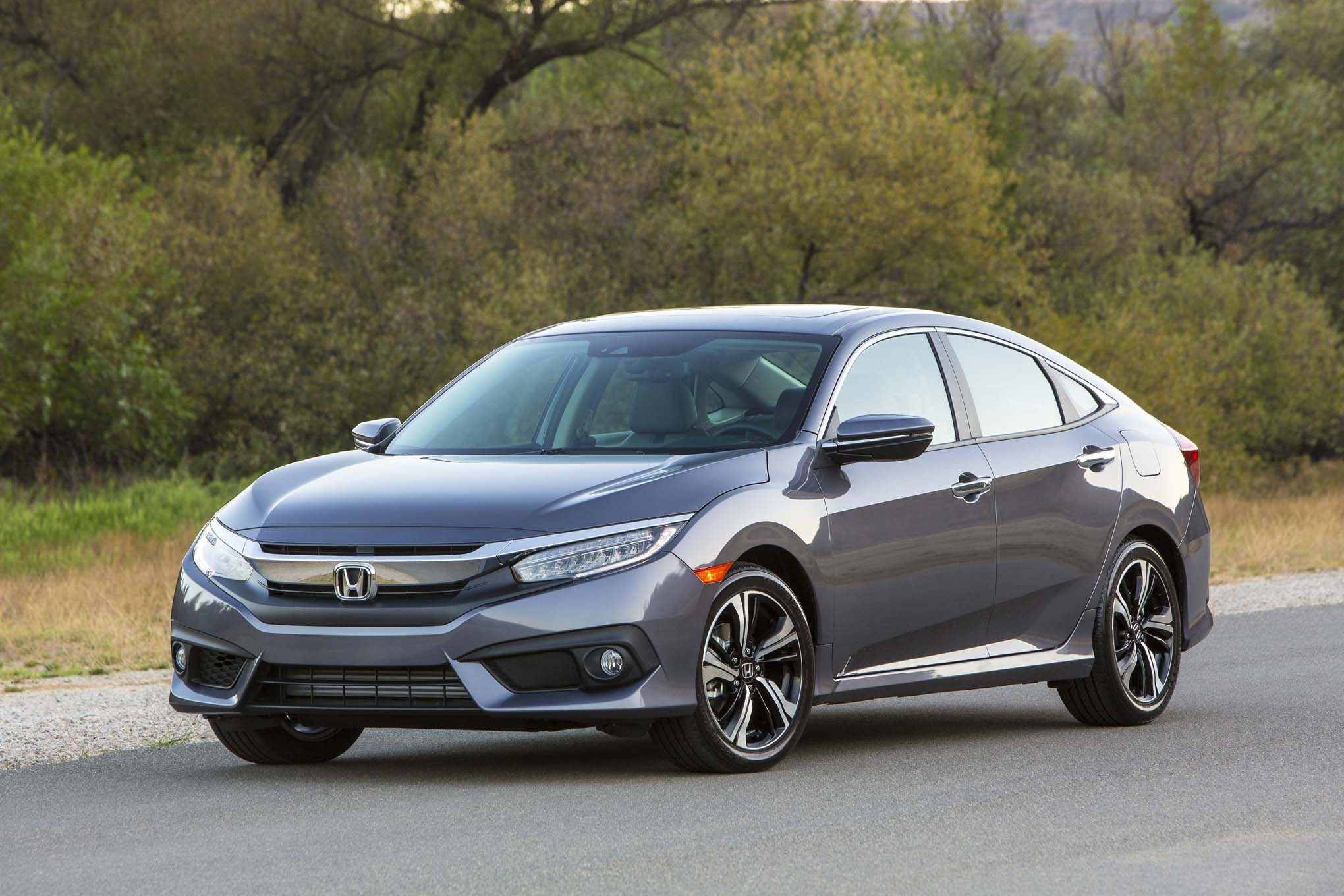Research 2017                   HONDA Civic pictures, prices and reviews