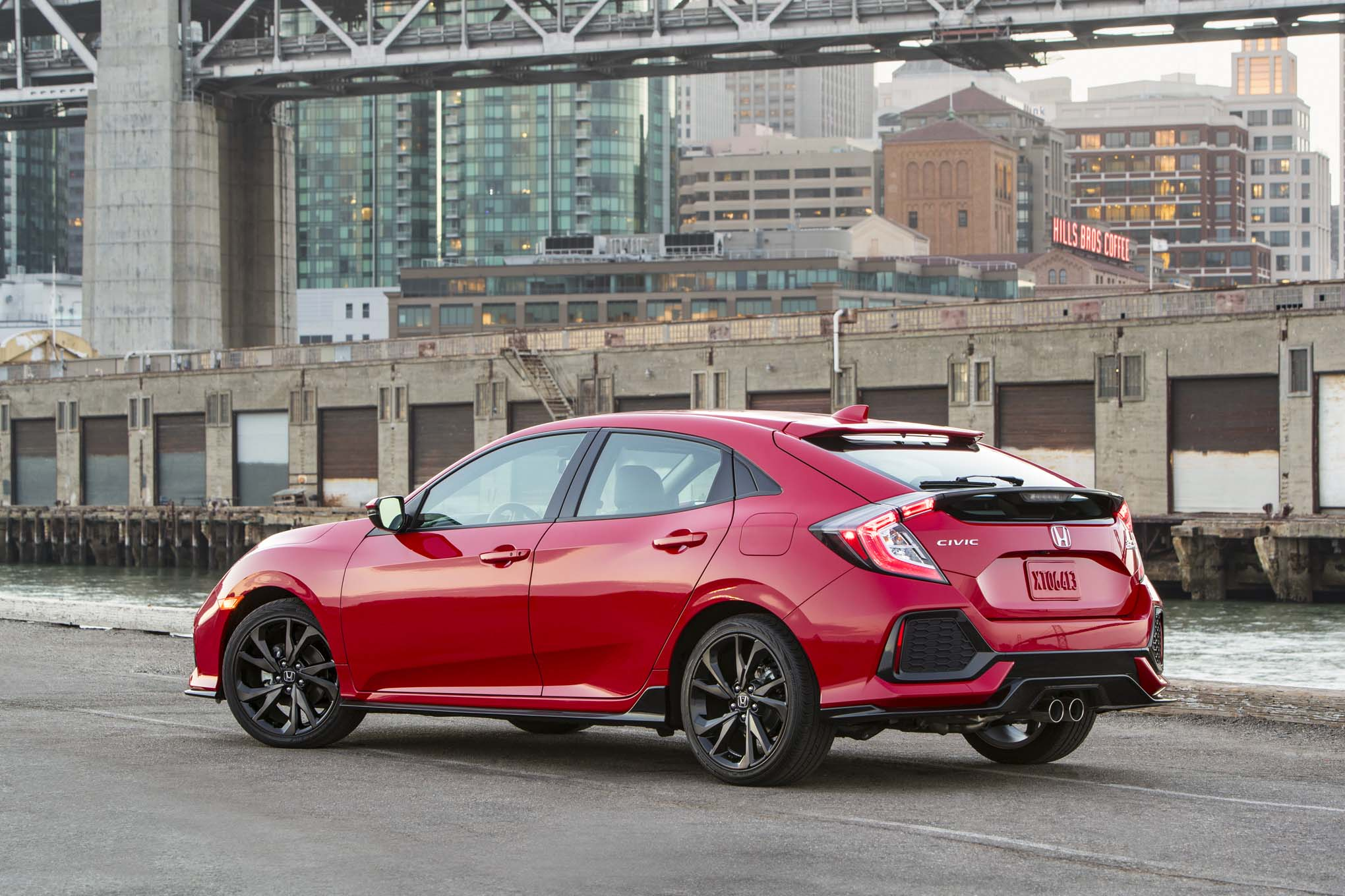 Finally The 2017 Honda Civic Type R Is Here Automobile Magazine