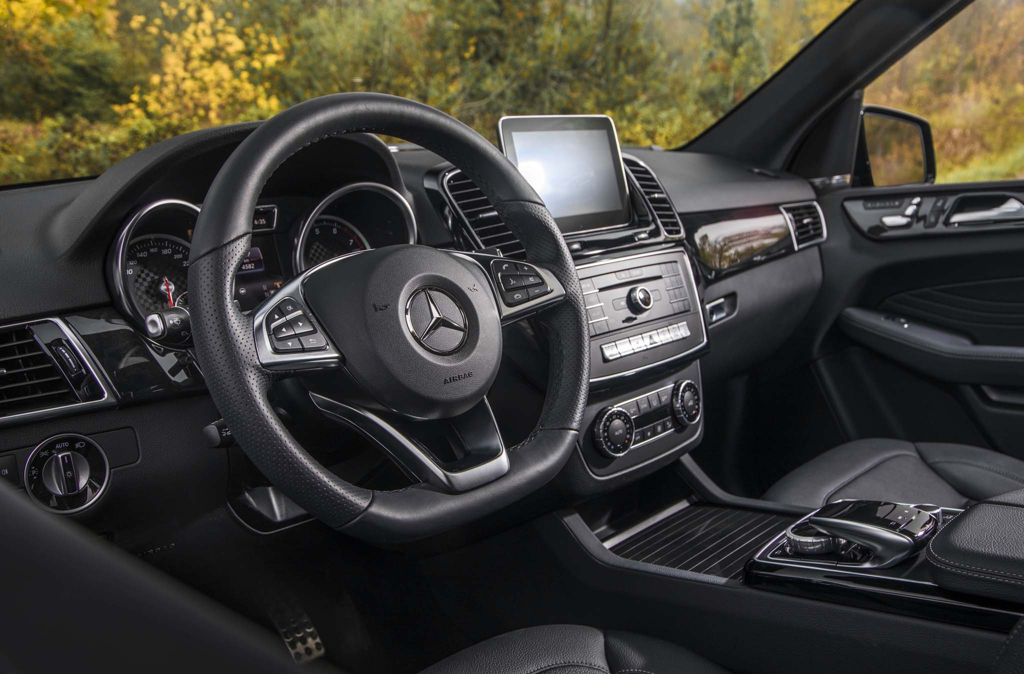 2020 Mercedes-Benz GLE First Drive Review | Automobile ...