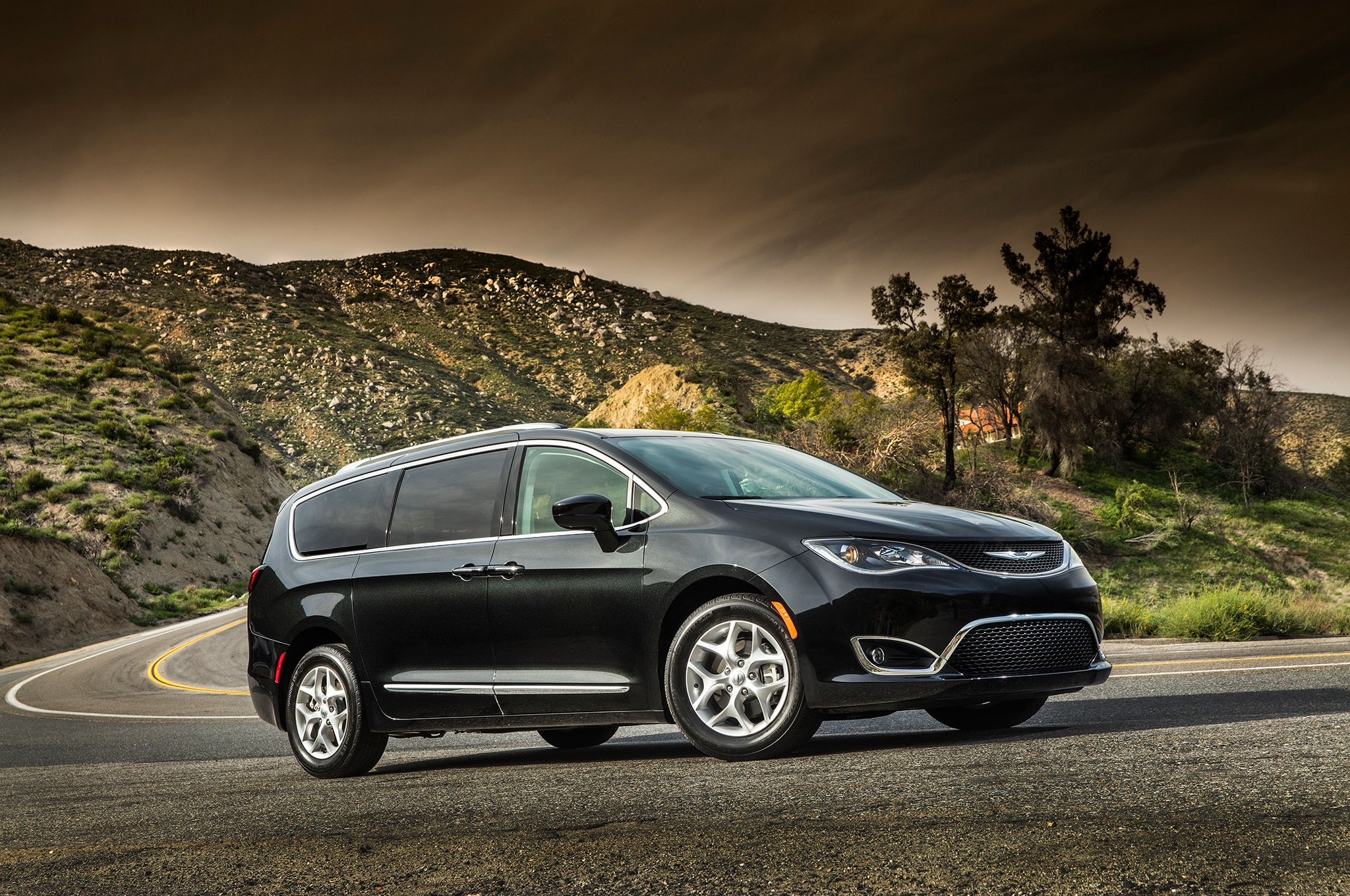 pacifica chrysler package appearance adds side magazine