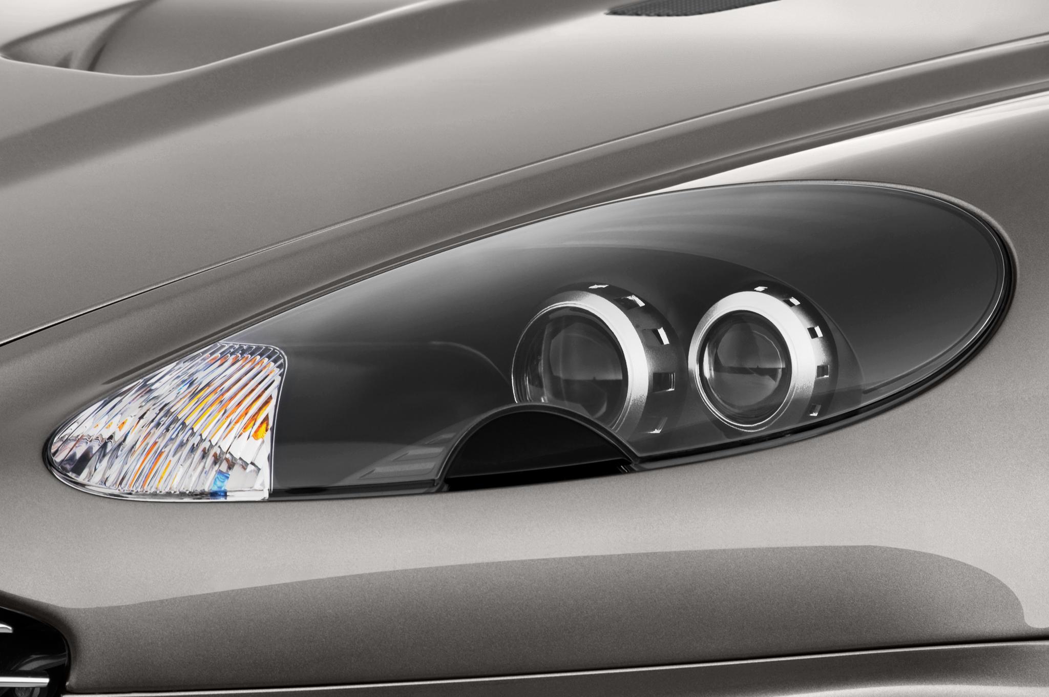 Report Aston Martin DBS Replacement Will Wear Vanquish Badge - Aston martin headlights