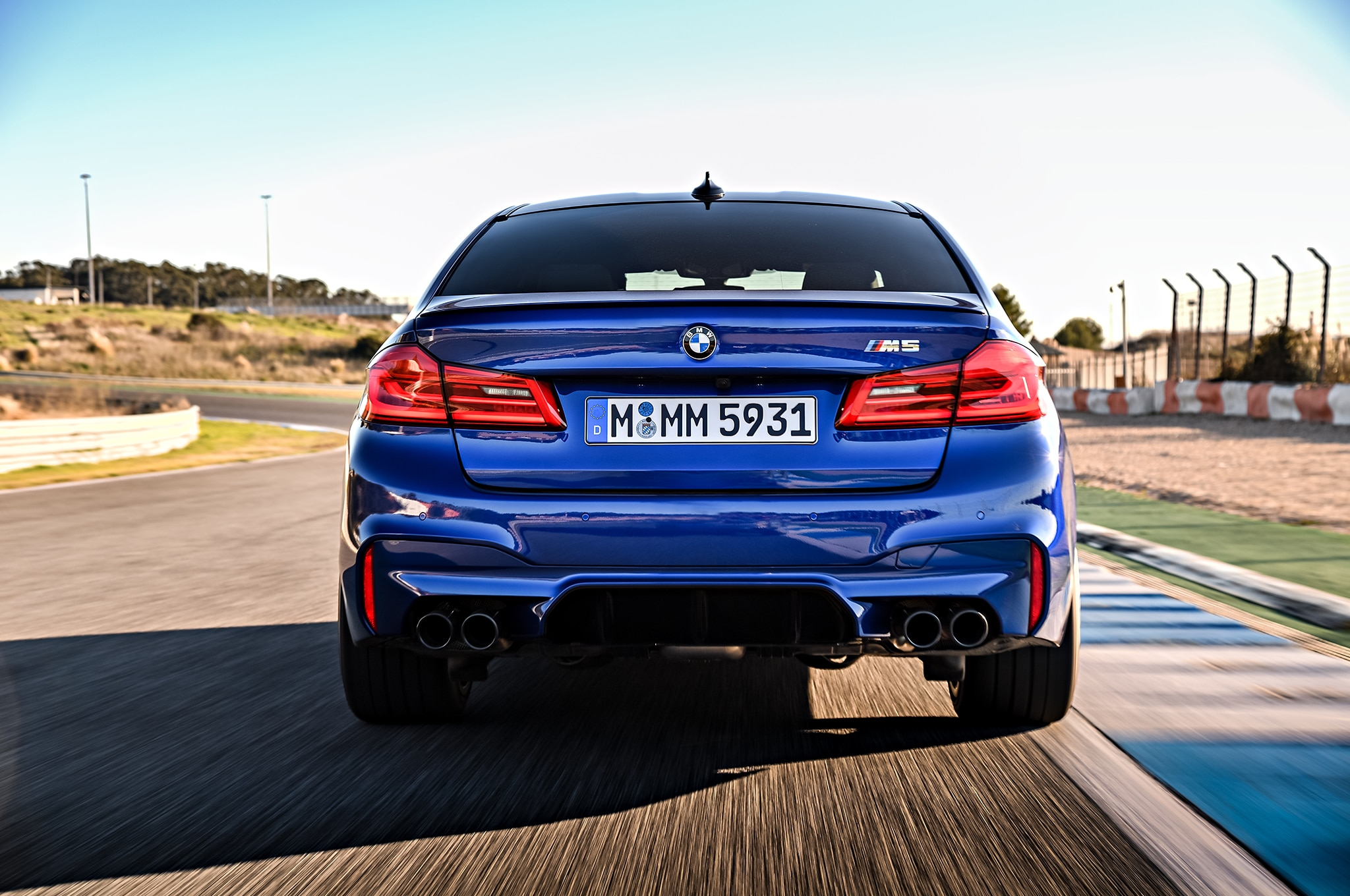 Bmw M5 0 60 >> 2018 Bmw M5 Arrives Packing A 600 Hp Twin Turbo V 8 Automobile