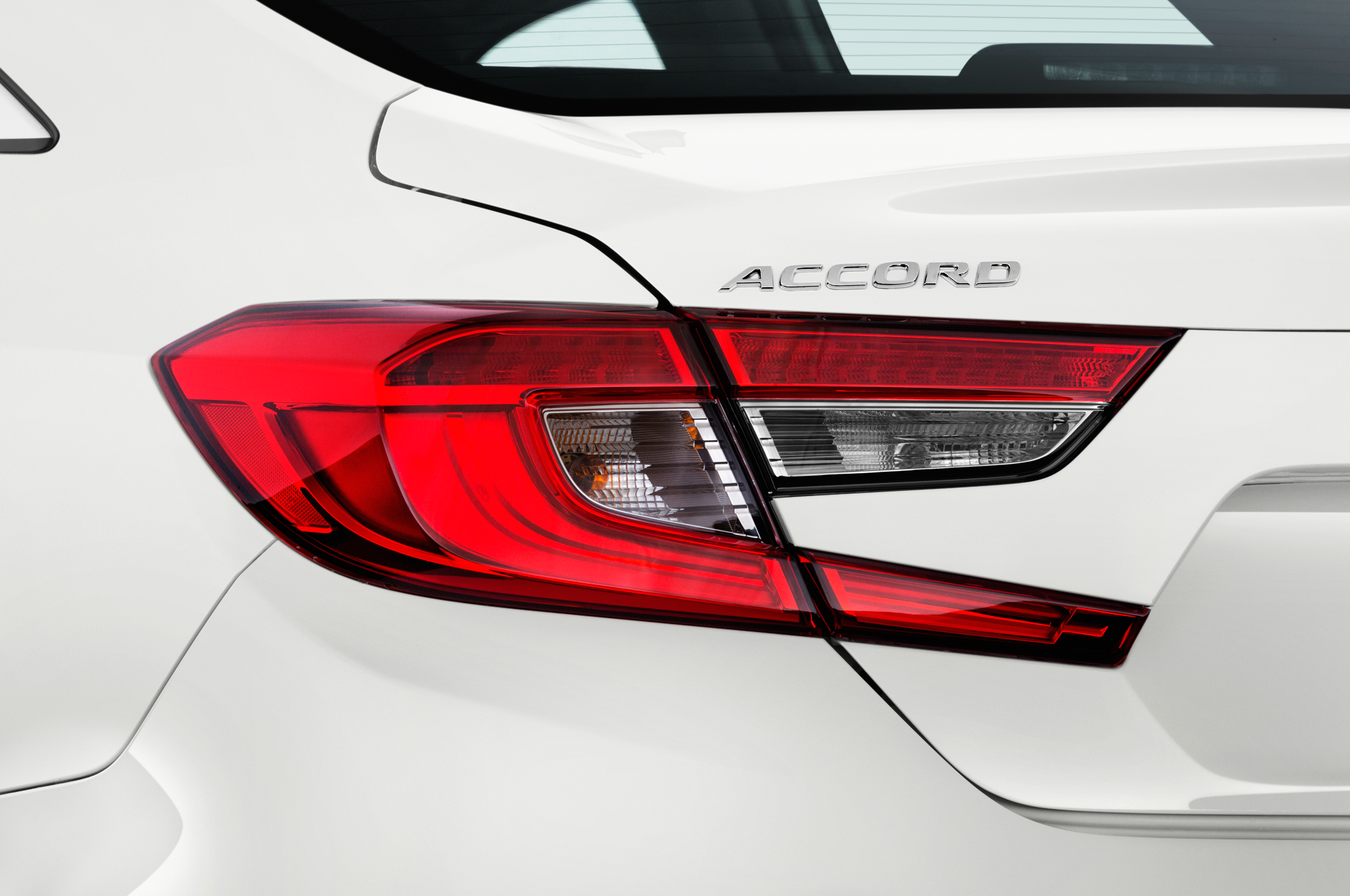 Five Design Details to Know on the 2018 Honda Accord ...