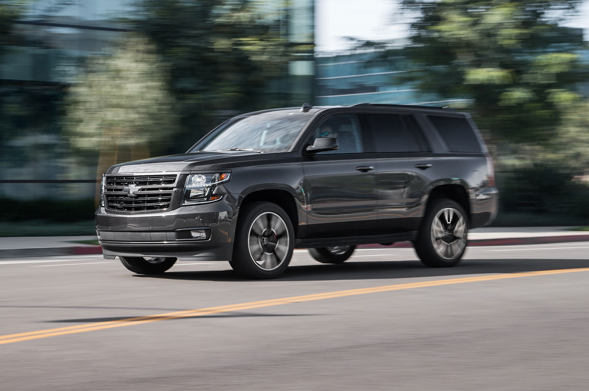 haulin' with the 2018 chevrolet tahoe rst   automobile magazine